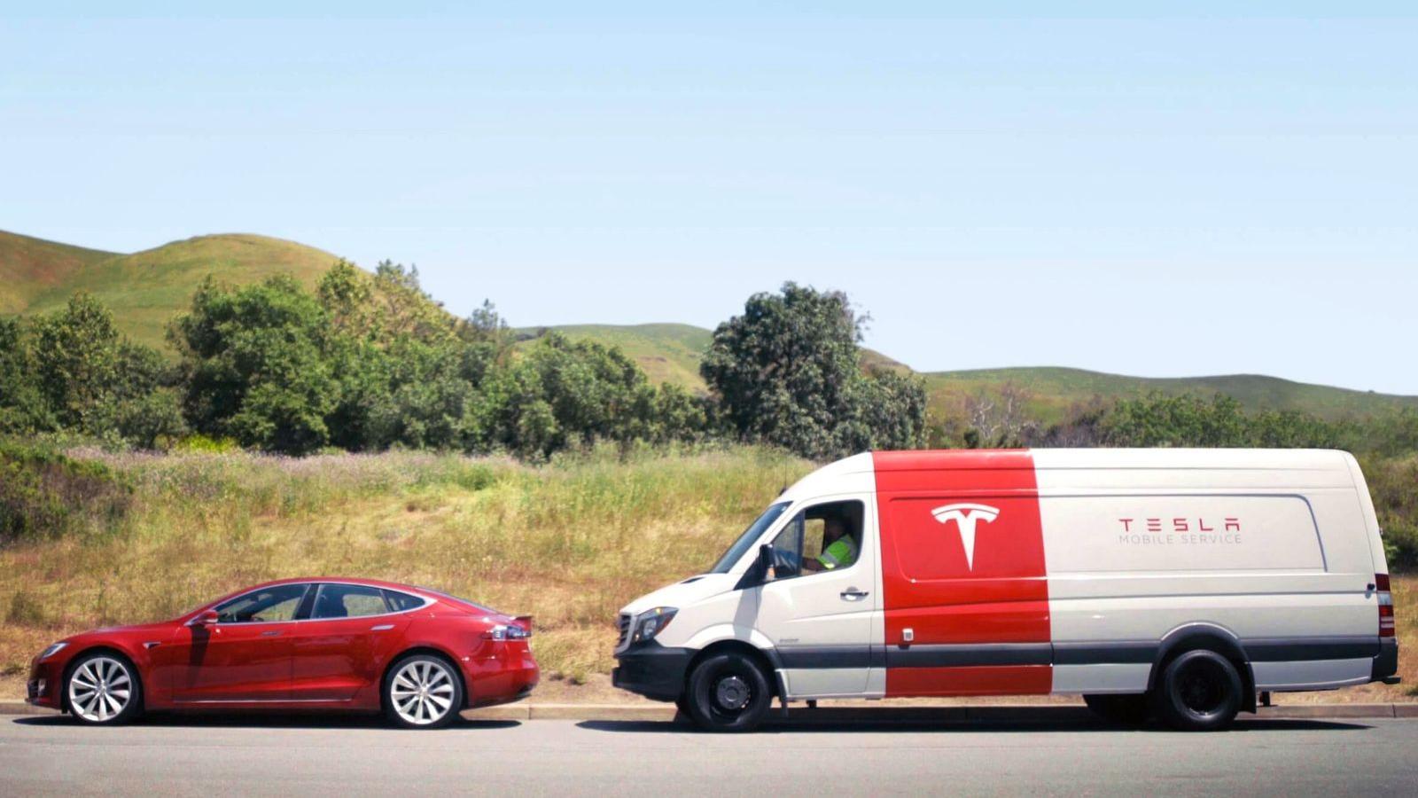 Tesla åpner mobil service landet rundt