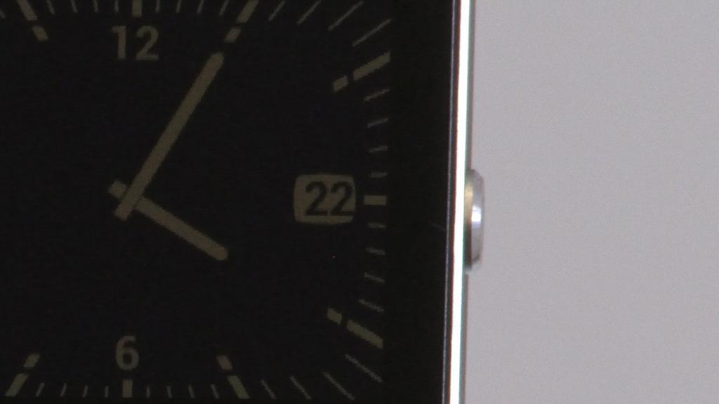 Sølvtasten kjenner vi fra Sonys mest eksklusive mobiltelefoner.Foto: Espen Irwing Swang, Amobil.no