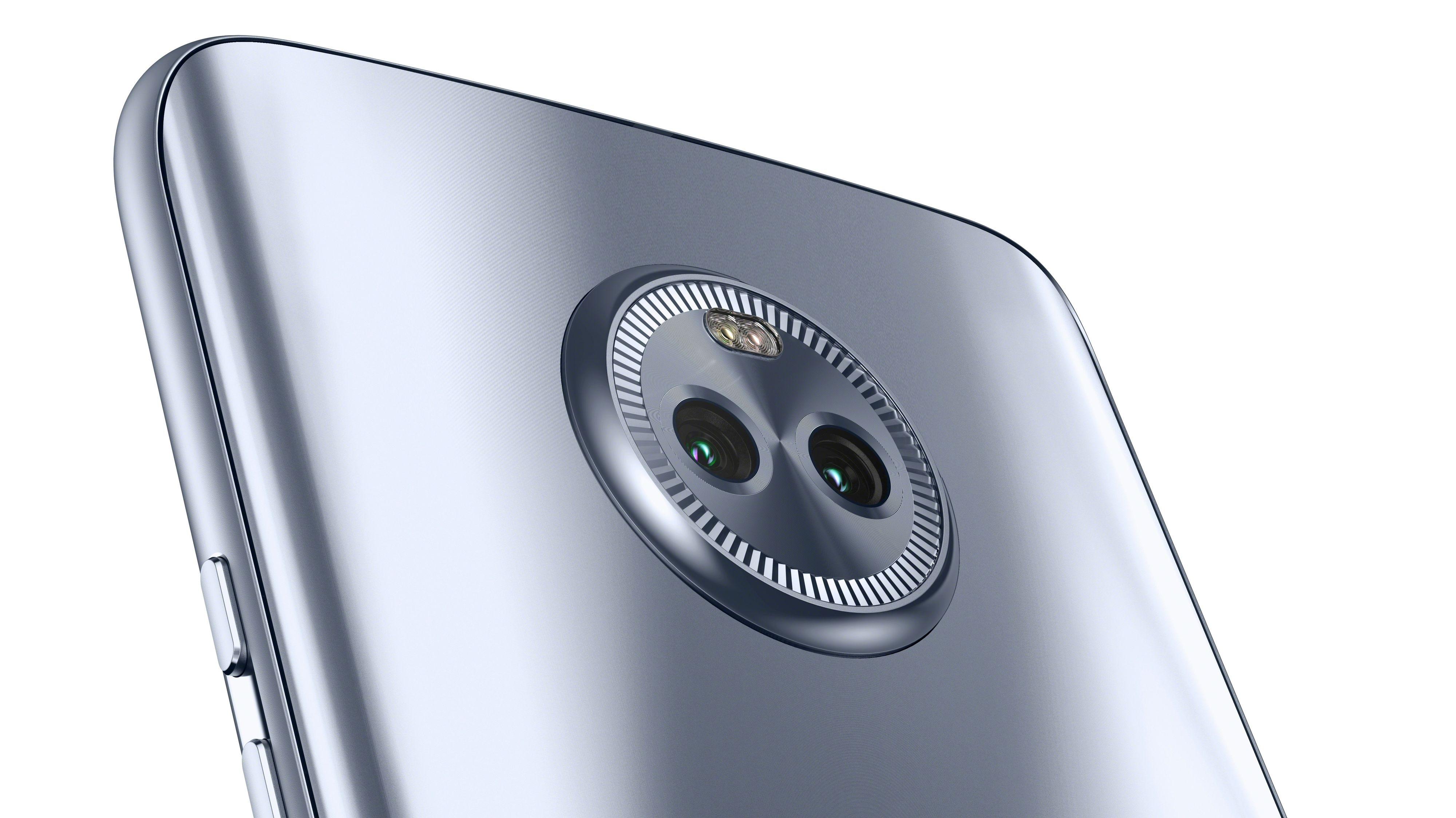 Dobbelt kamera i Moto X4..