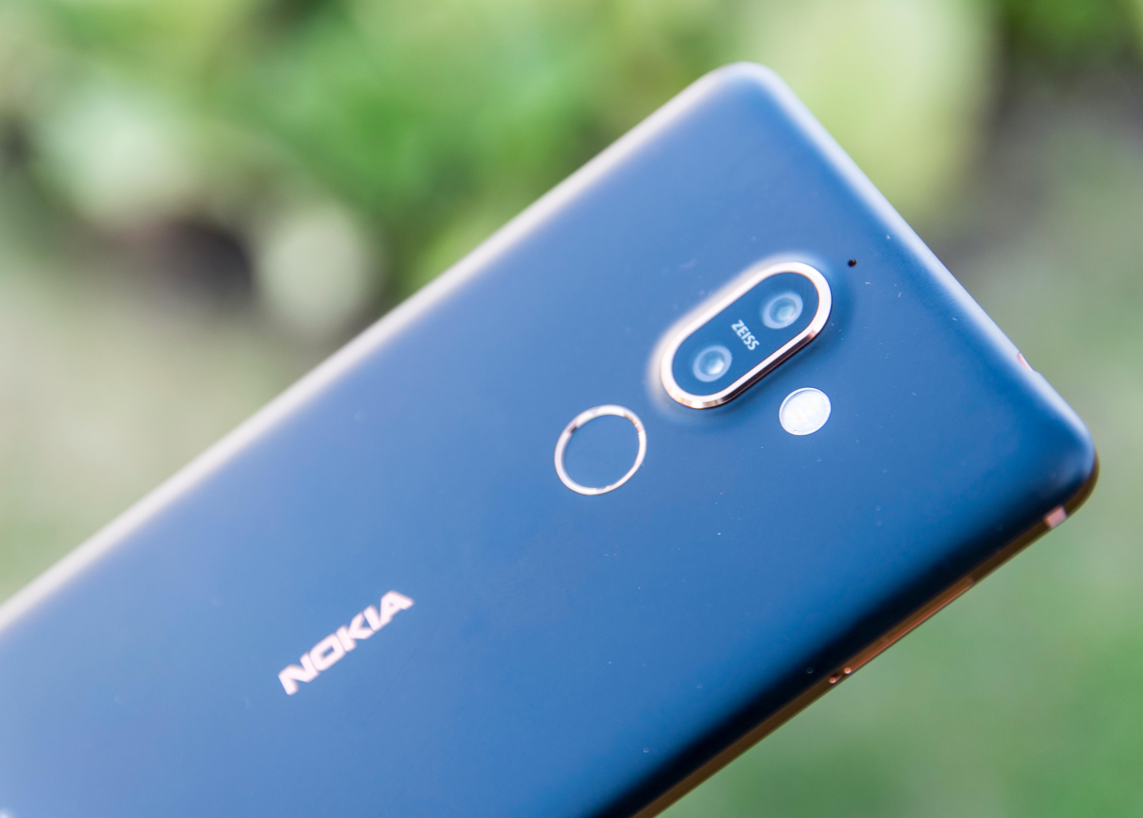 Baksiden av Nokia 7 Plus er i aluminium, i motsetning til de fleste av dens konkurrenter som har glassdeksel på baksiden.