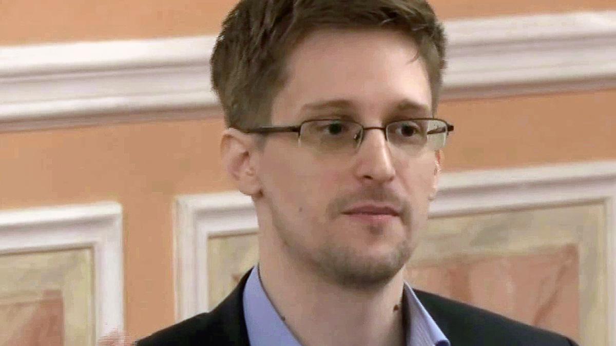 – Snowden burde henges