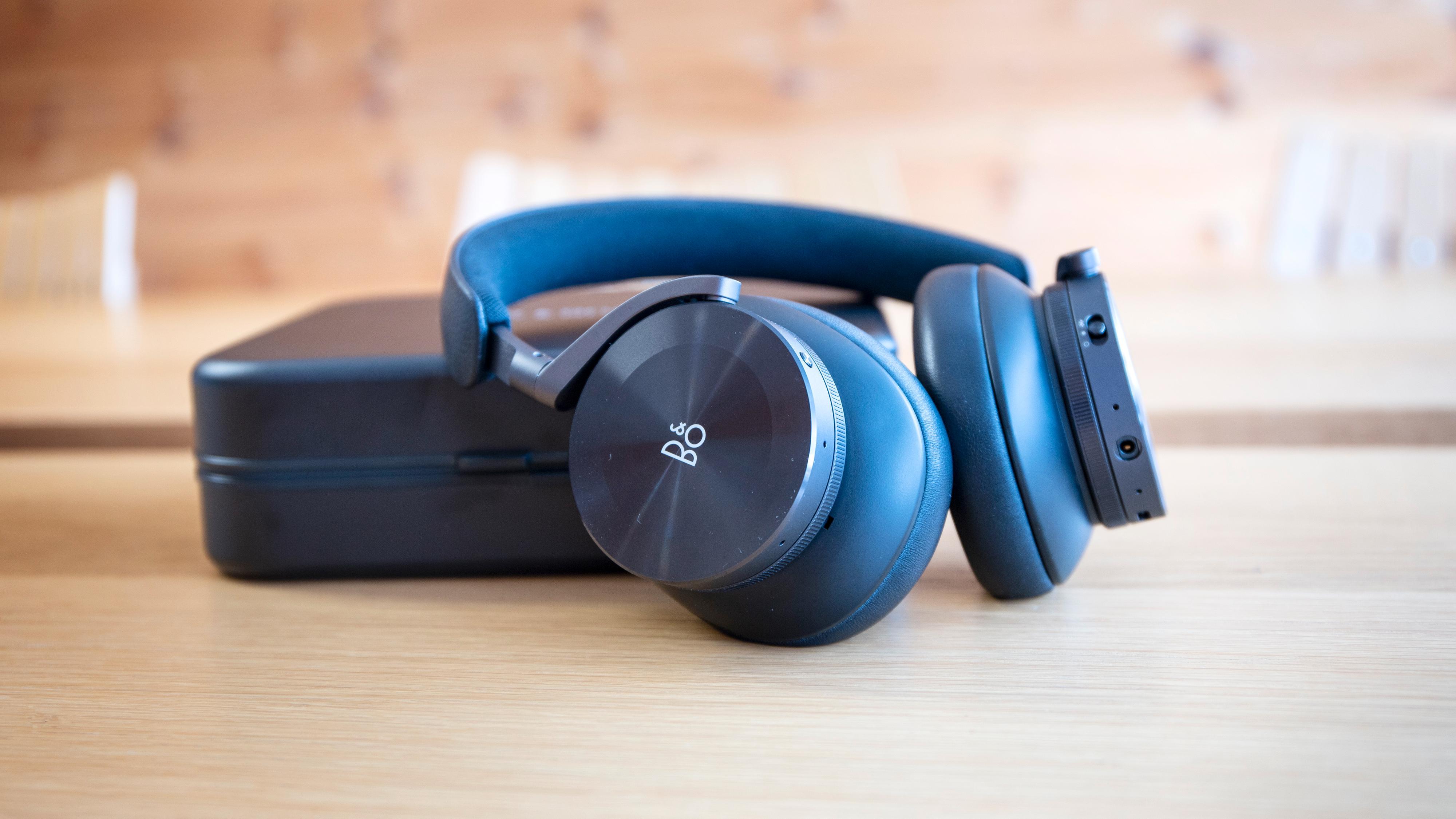 B&Os nye topp-hodetelefoner heter H95 og forbedrer nesten alt fra den tidligere toppmodellen H9. Men prisen er også økt betraktelig.