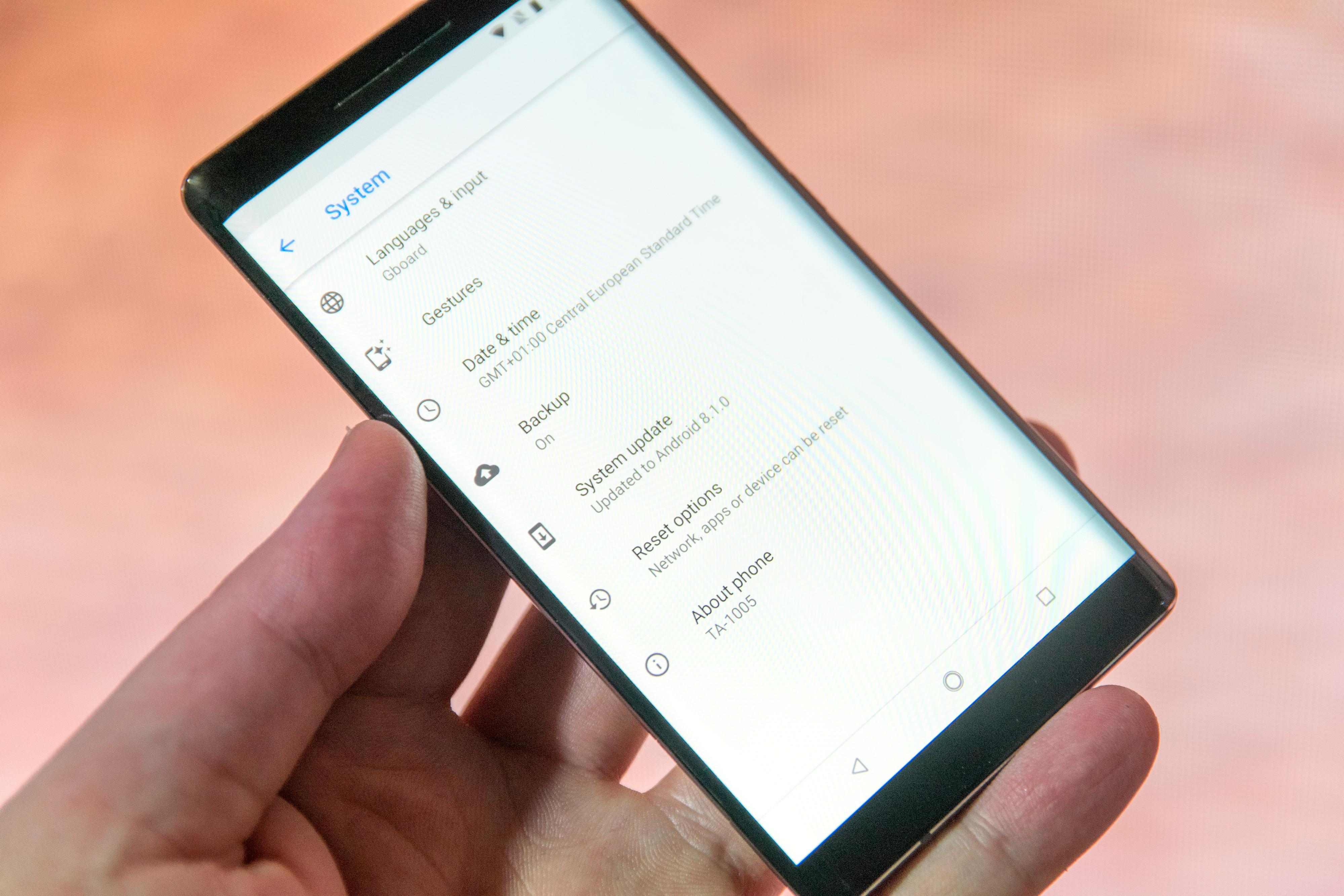 Alltid fersk Android. Nokia 8 Sirocco leveres med Android 8.1.