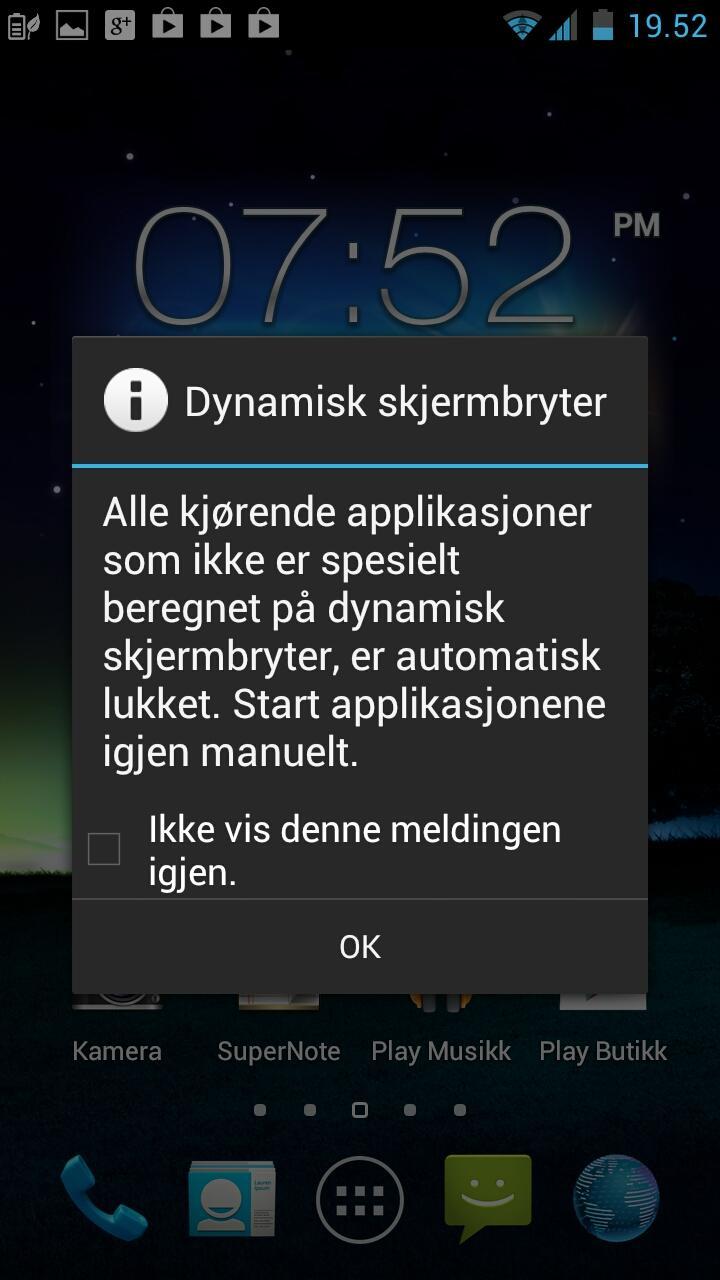Apper som ikke støtter dynamisk veksling mellom stor og liten skjerm vil bli lukket når du plugger inn eller ut telefonen.