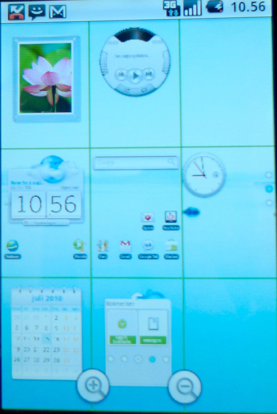 Slik ser oversiktsbildet over skrivebordene ut. Prikker til høyre og nederst ved zoom-verktøyene indikerer hvor man er. Obs! Skjermskuddene representerer ikke skjermkvaliteten fullgodt.