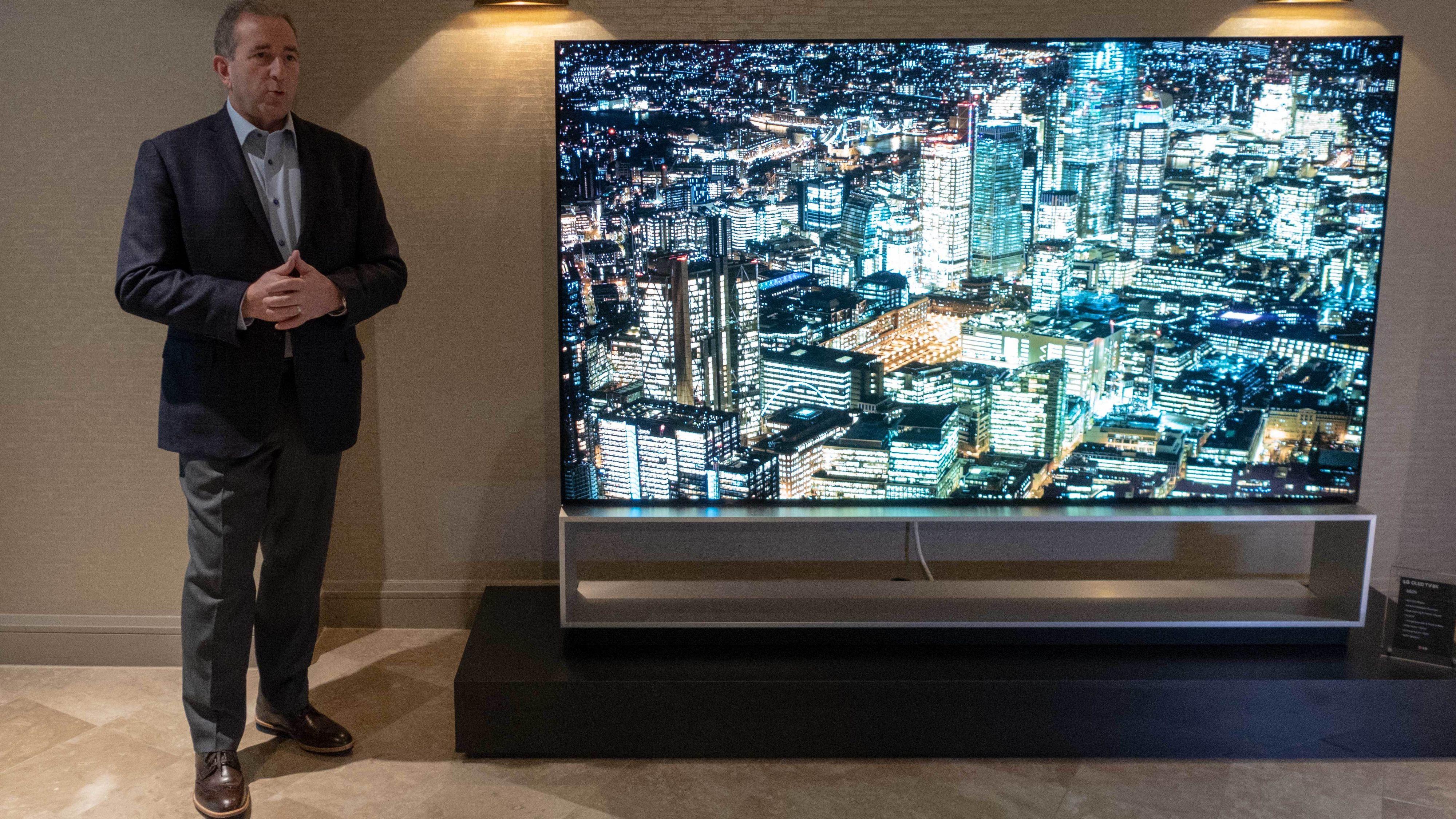 LG viste frem to enorme 8K-modeller på CES