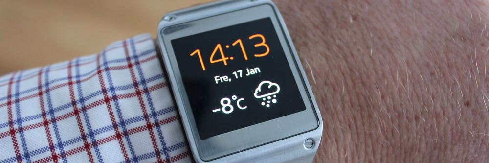 Samsung Galaxy Gear har flott AMOLED-skjerm, og er en av få smartklokker med innebygget kamera.Foto: Espen Irwing Swang, Amobil.no