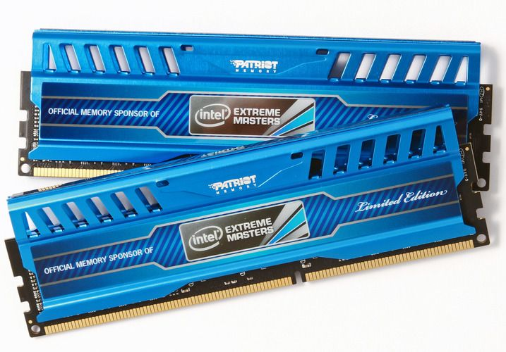 Patriot Intel Extreme Masters 2x8GB 1866 MHz.