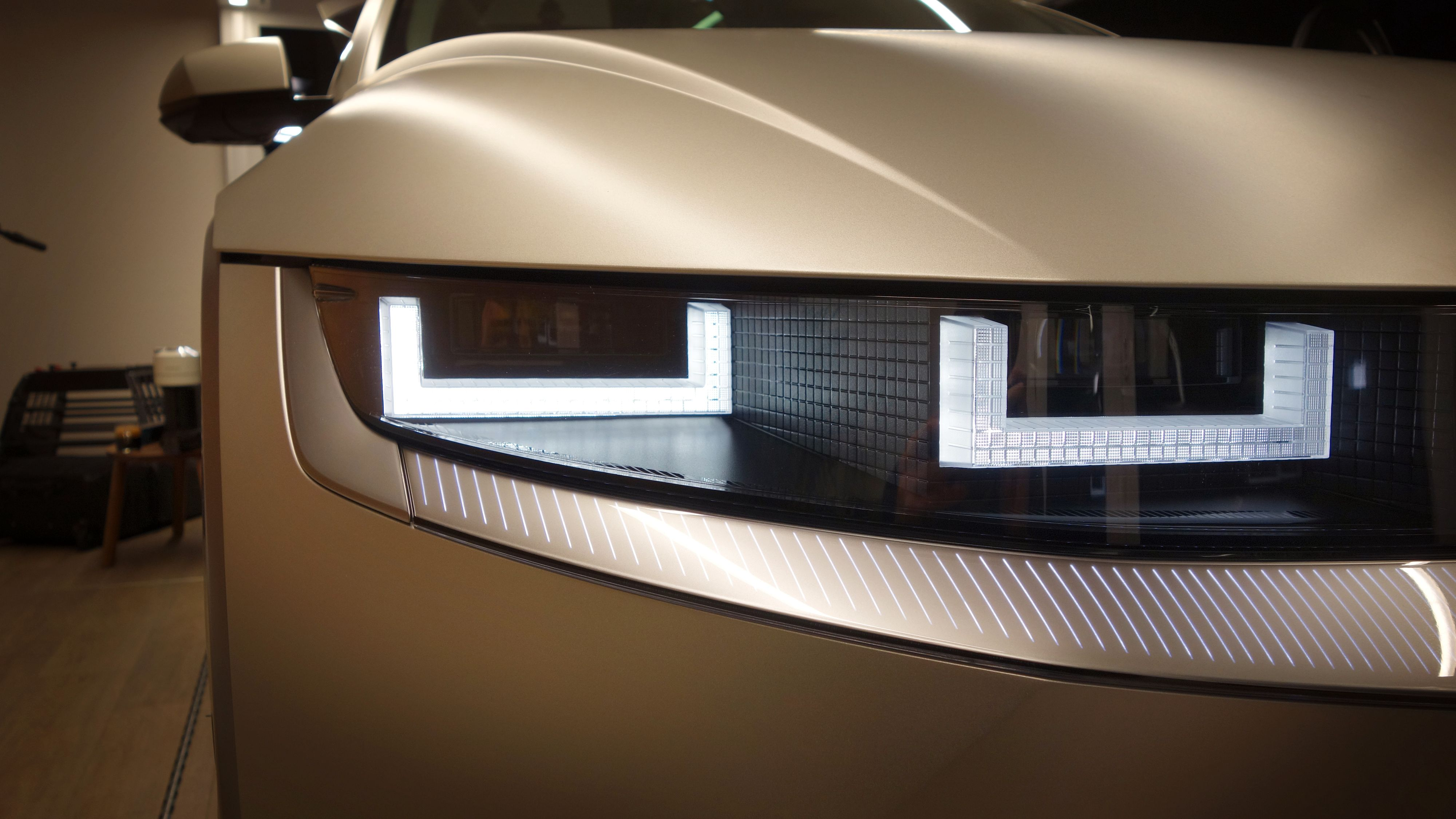 Ny lysteknologi fra Hyundai i form av små LED-klosser de kaller «piksel-lys».