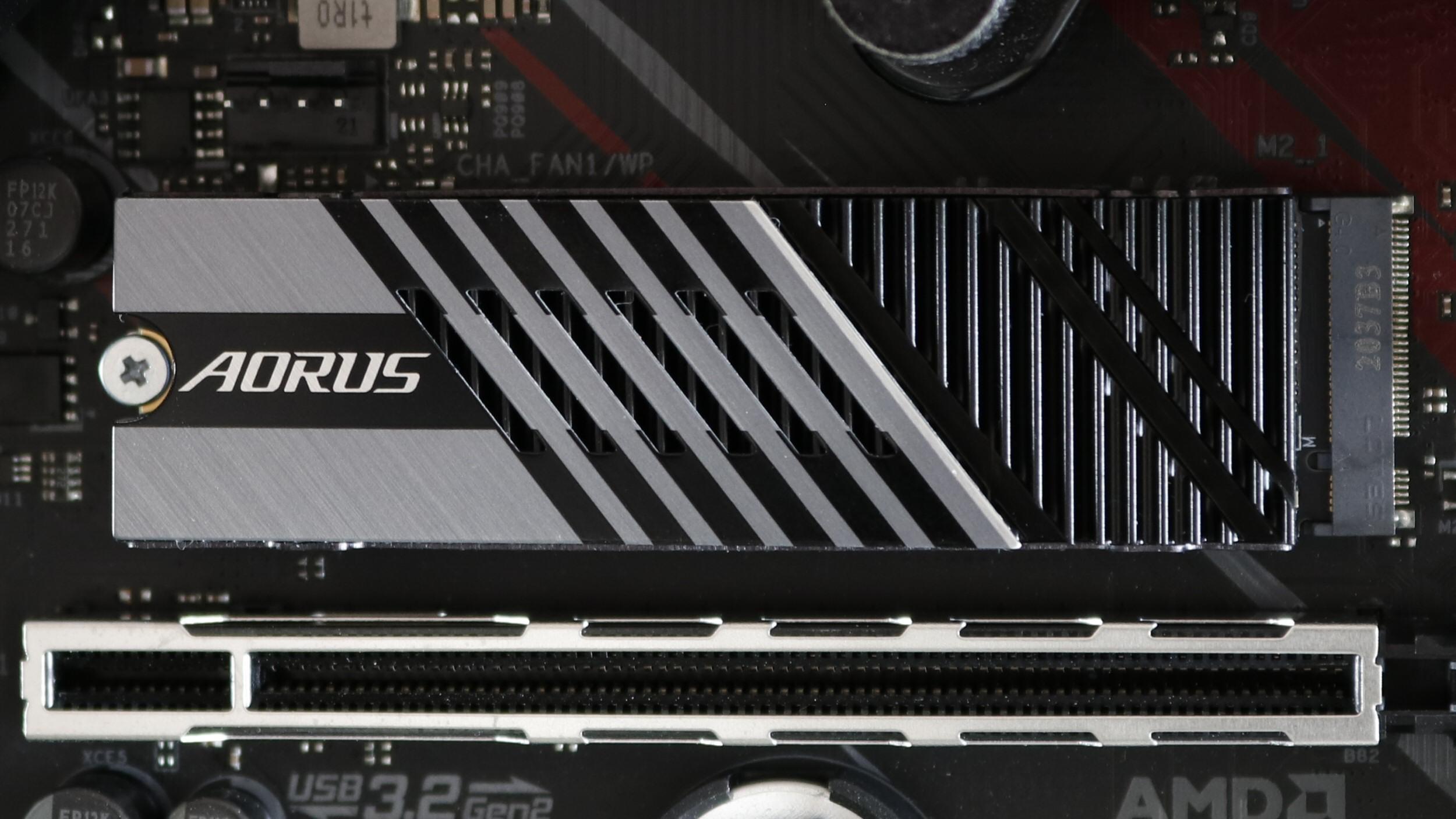 Har du en sånn superkjapp PCIe 4.0-SSD? Da kan det ha litt å si hvilken prosessor du parer den med.