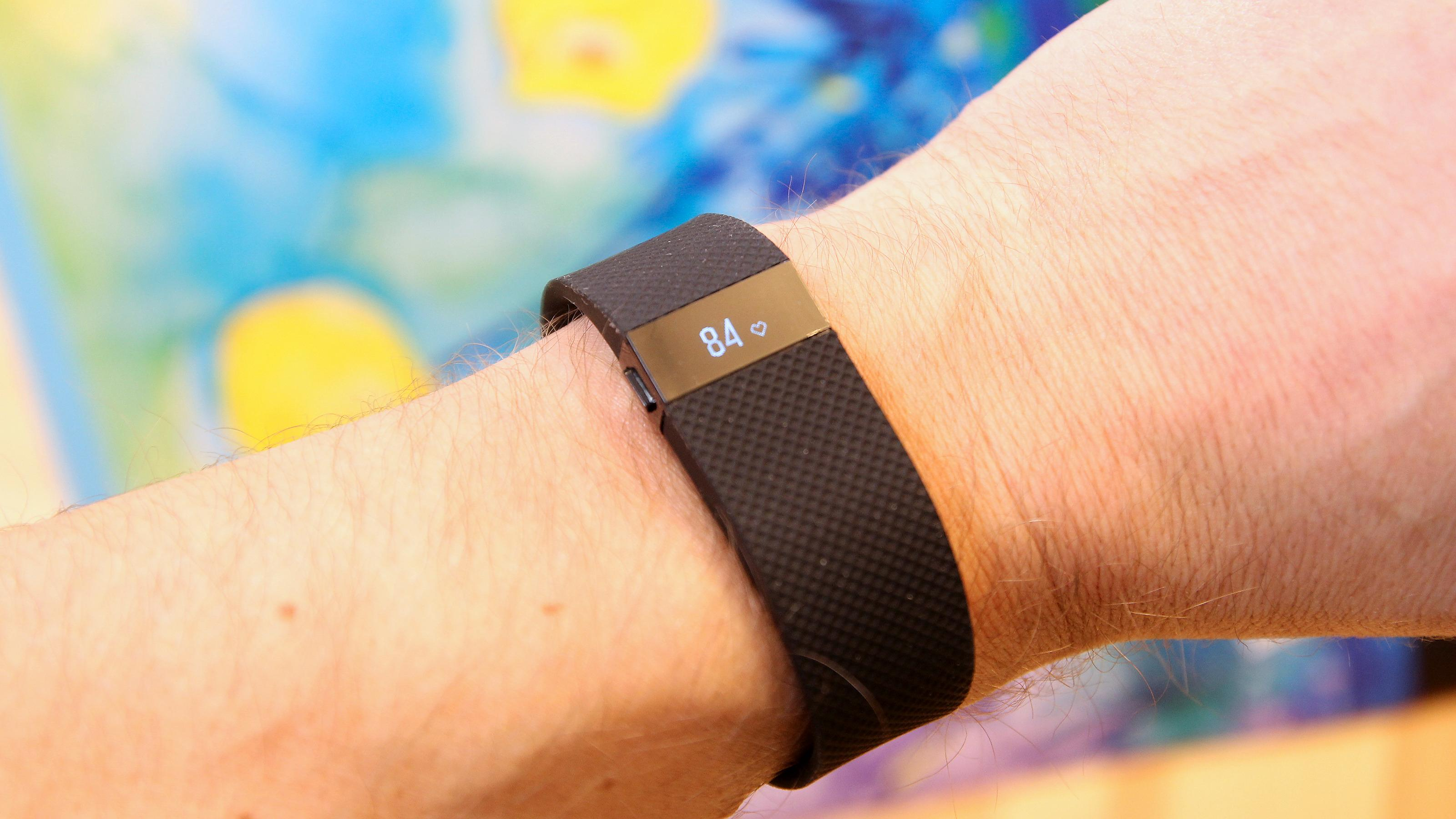 Fitbit Charge HR måler nesten alt. Foto: Kurt Lekanger, Tek.no