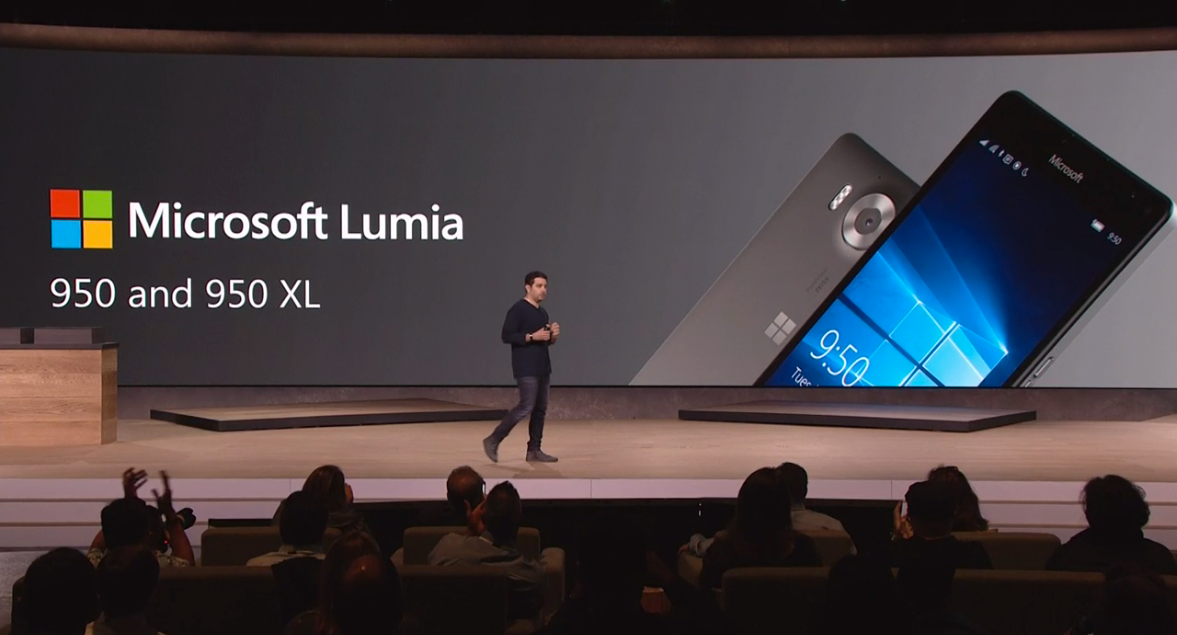 Her blir de to telefonene presentert, men en egen videopresentasjon ble ikke vist. Foto: Microsoft, Skjermdump fra video