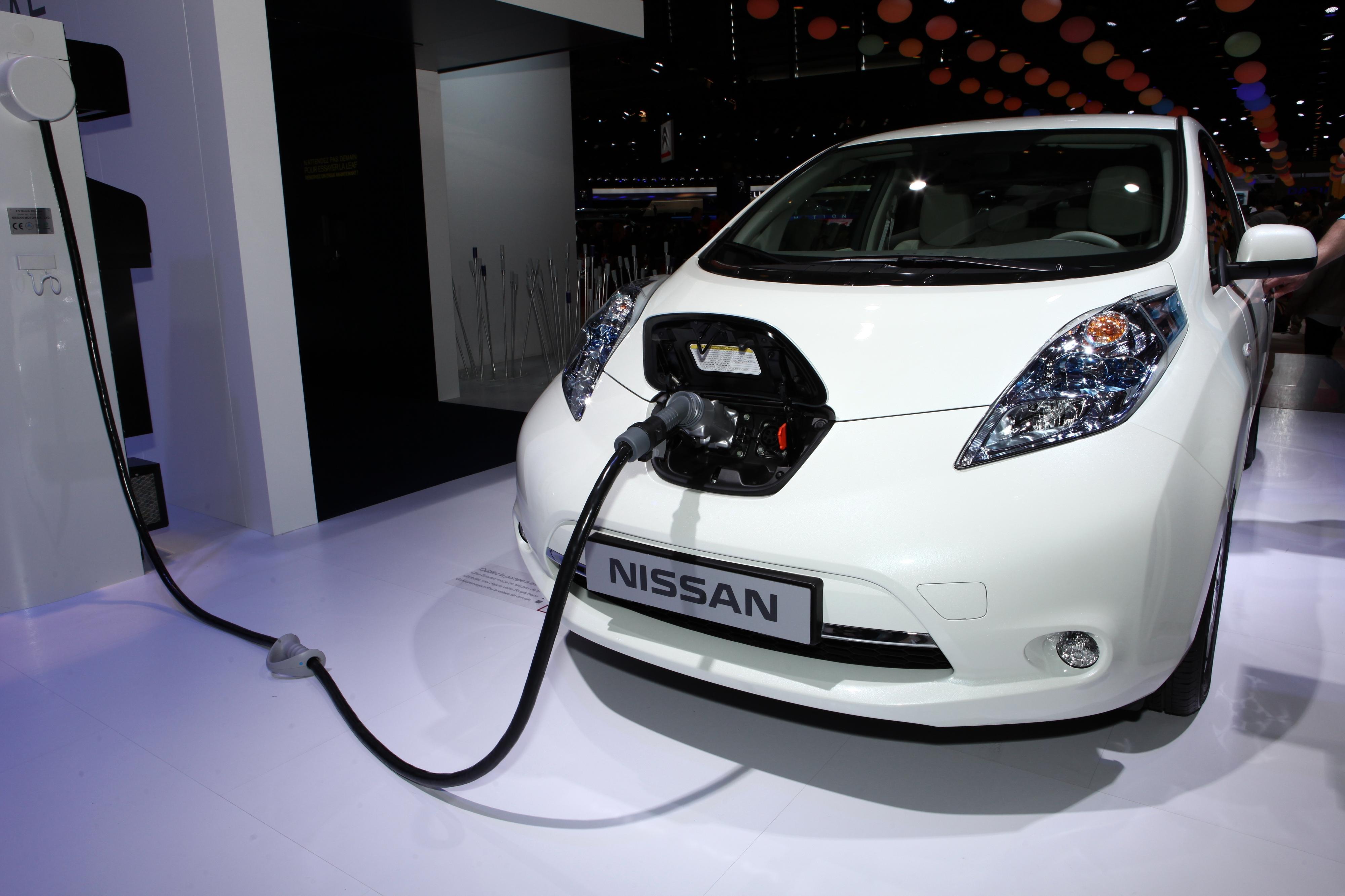 I en langtidstest av fire Nissan Leaf med litium-batterier kunne man ikke vise til store forskjeller mellom hurtiglading og vanlig lading. Foto: Stefan Ataman / Shutterstock.com