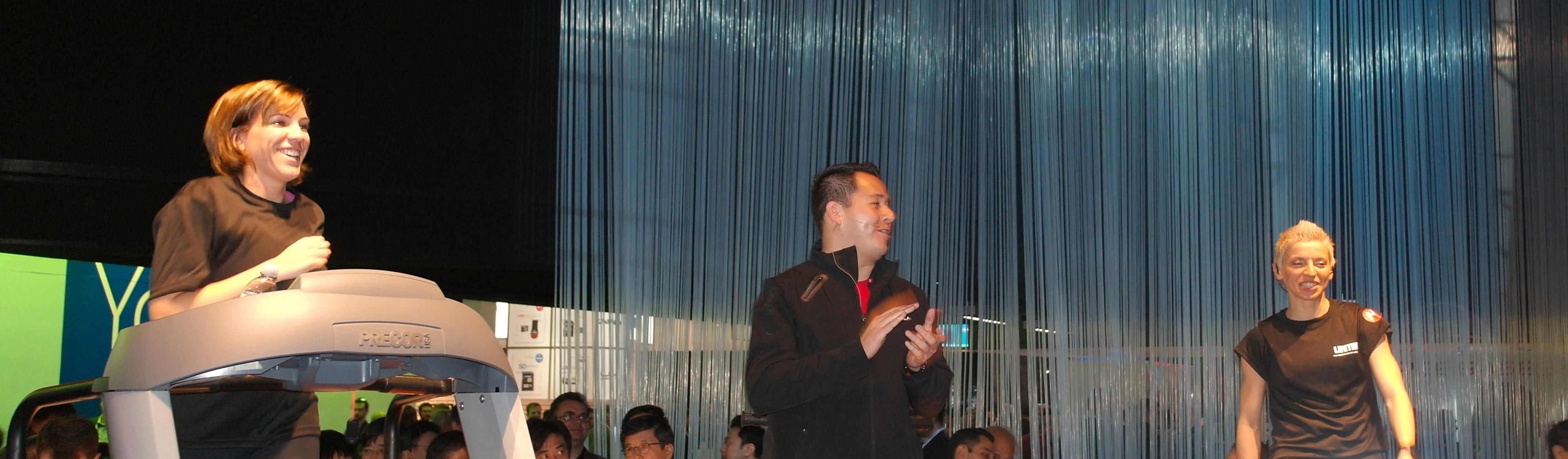 Fra Motorolas demonstrasjon av Actv under CES 2012.