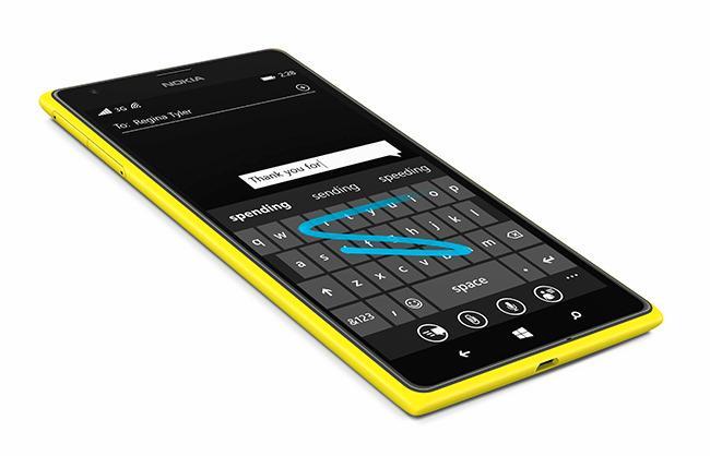 En Swype-lignende funksjon lar deg skrive ved å la fingrene gli mellom bokstavene på skjermtastaturet.Foto: Nokia