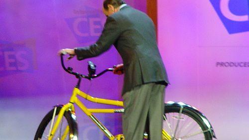 Sykkelen lader telefonen
