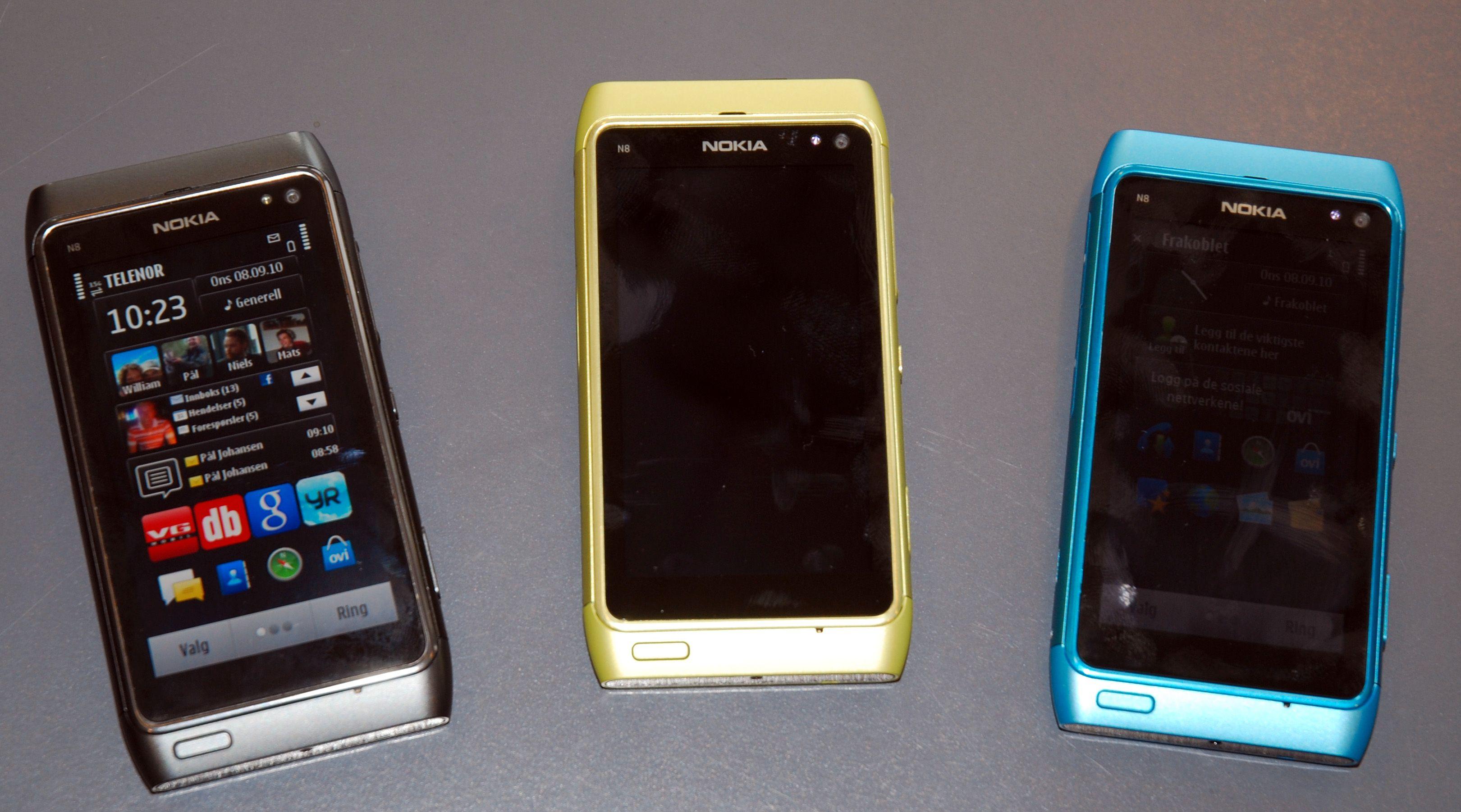 N8 vil komme i flere farger. Den blå telefonen på bildet vil ikke bli tilgjengelig samtidig med de første.