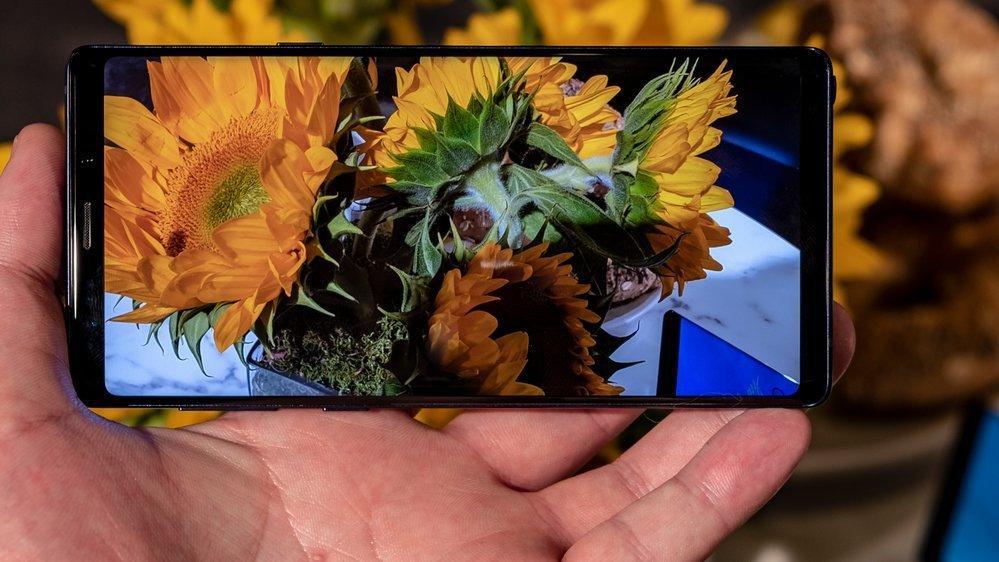 Samsung Galaxy Note 9 virker mer som et forsøk på å ta igjen resten av markedet og ikke noen revolusjon. Det må vi trolig vente på Galaxy S10 før vi får se.