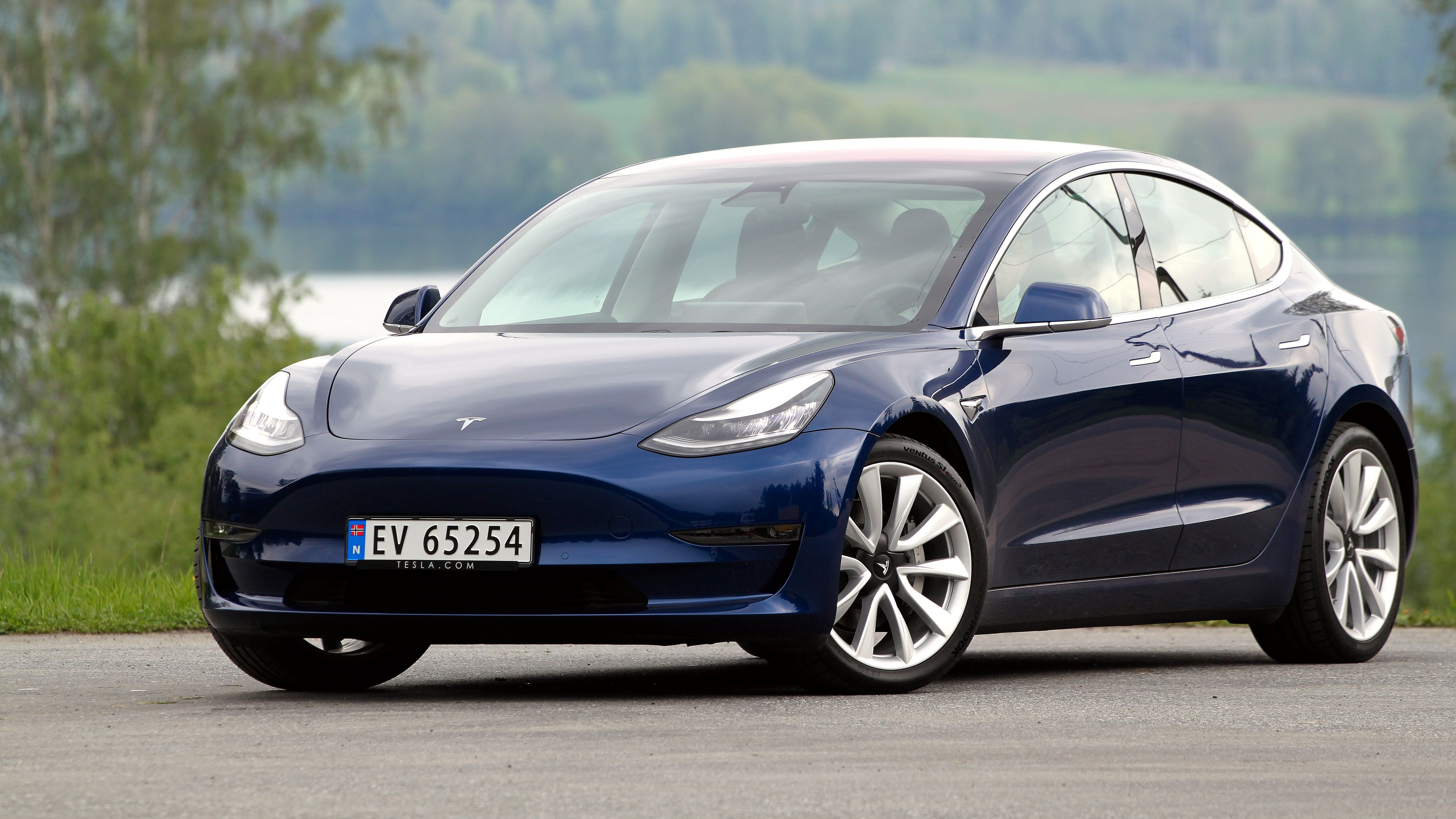 Tesla nådde akkurat ikke 1.000 Model 3 i mars.