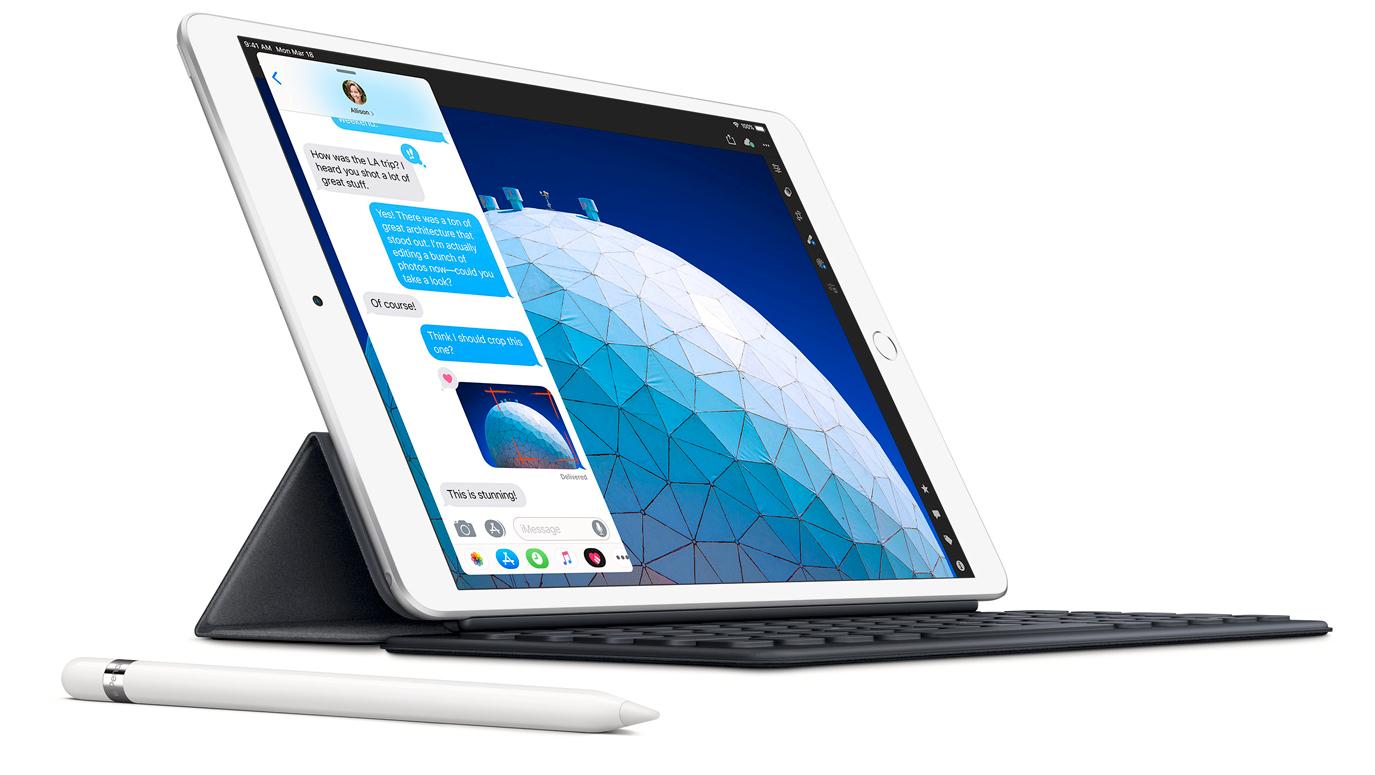 iPad Air slik den ser ut i dag minner aller mest om den originale iPad Pro-serien. Det spekuleres i at morgendagens lansering vil vise frem en Air-utgave som har langt mer til felles med de dyreste iPadene enn den rimelige grunnmodellen.