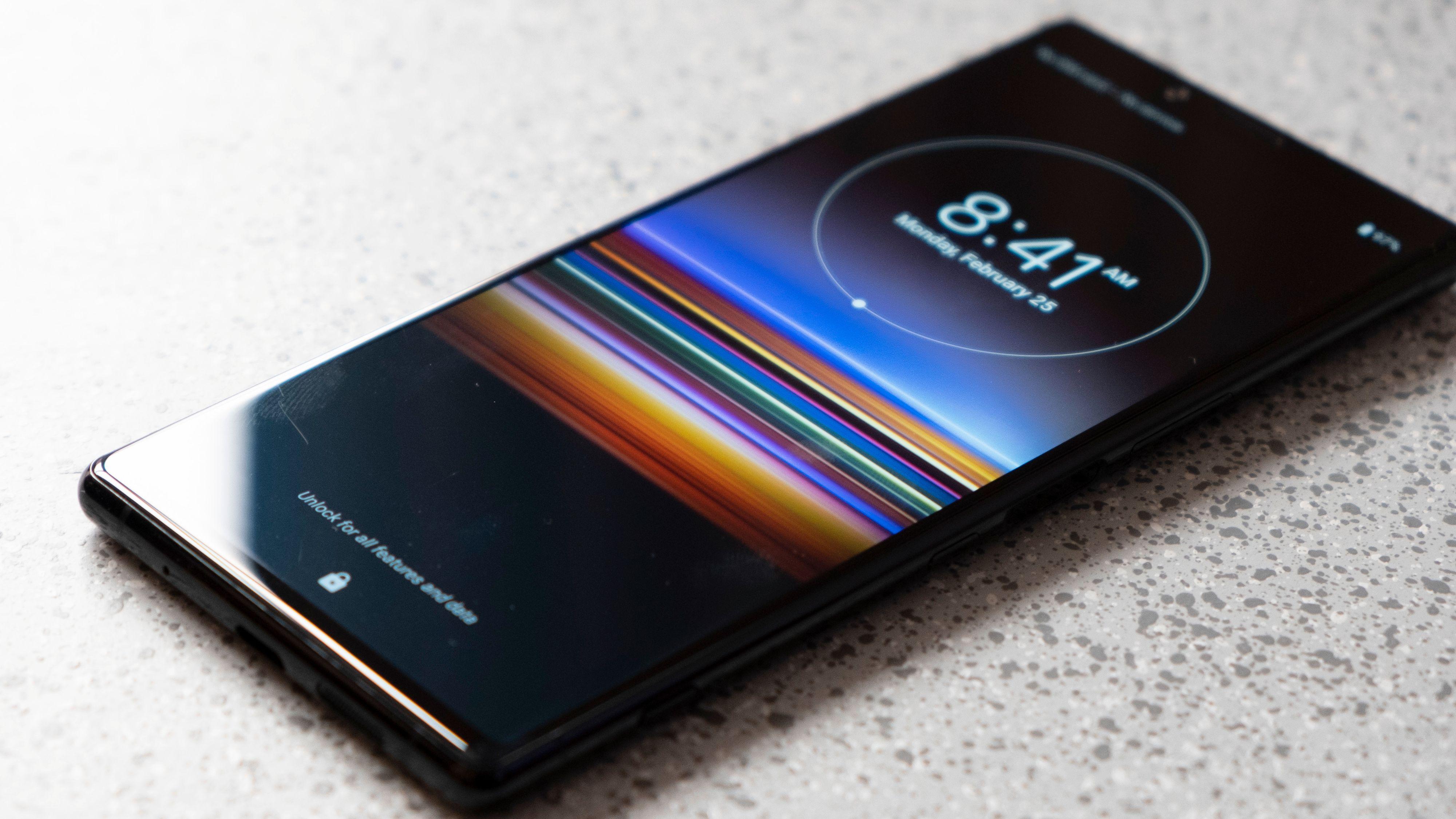 Ny rimelig og ekstra lang mobil fra Sony | Komputer.no