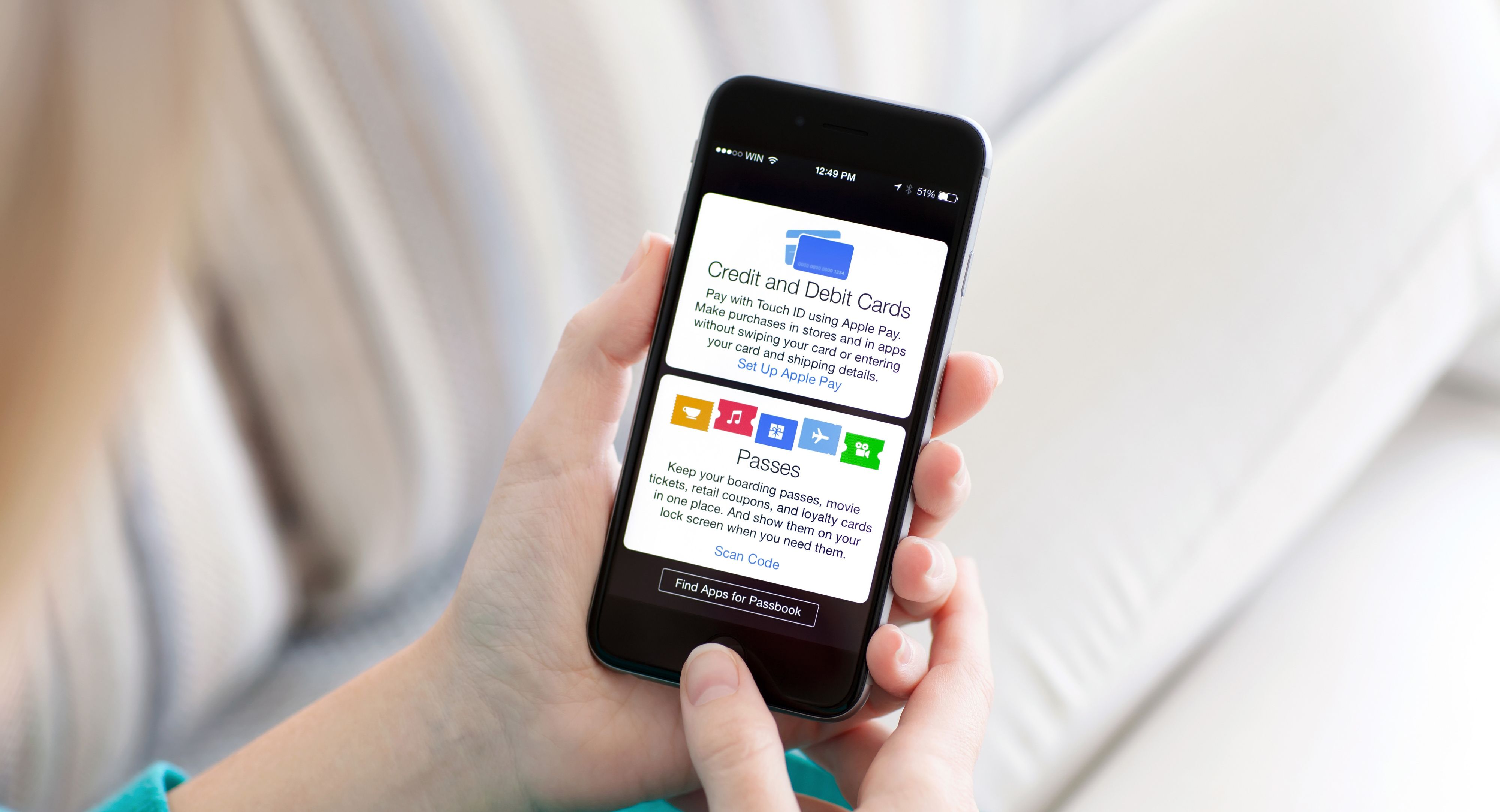 Google ser ut til å ville konkurrere med Apple Pay, som for øyeblikket er den kontaktløse betalingsløsningen som er nærmest å slå gjennom i USA. Foto: Denys Prykhodov / Shutterstock.com