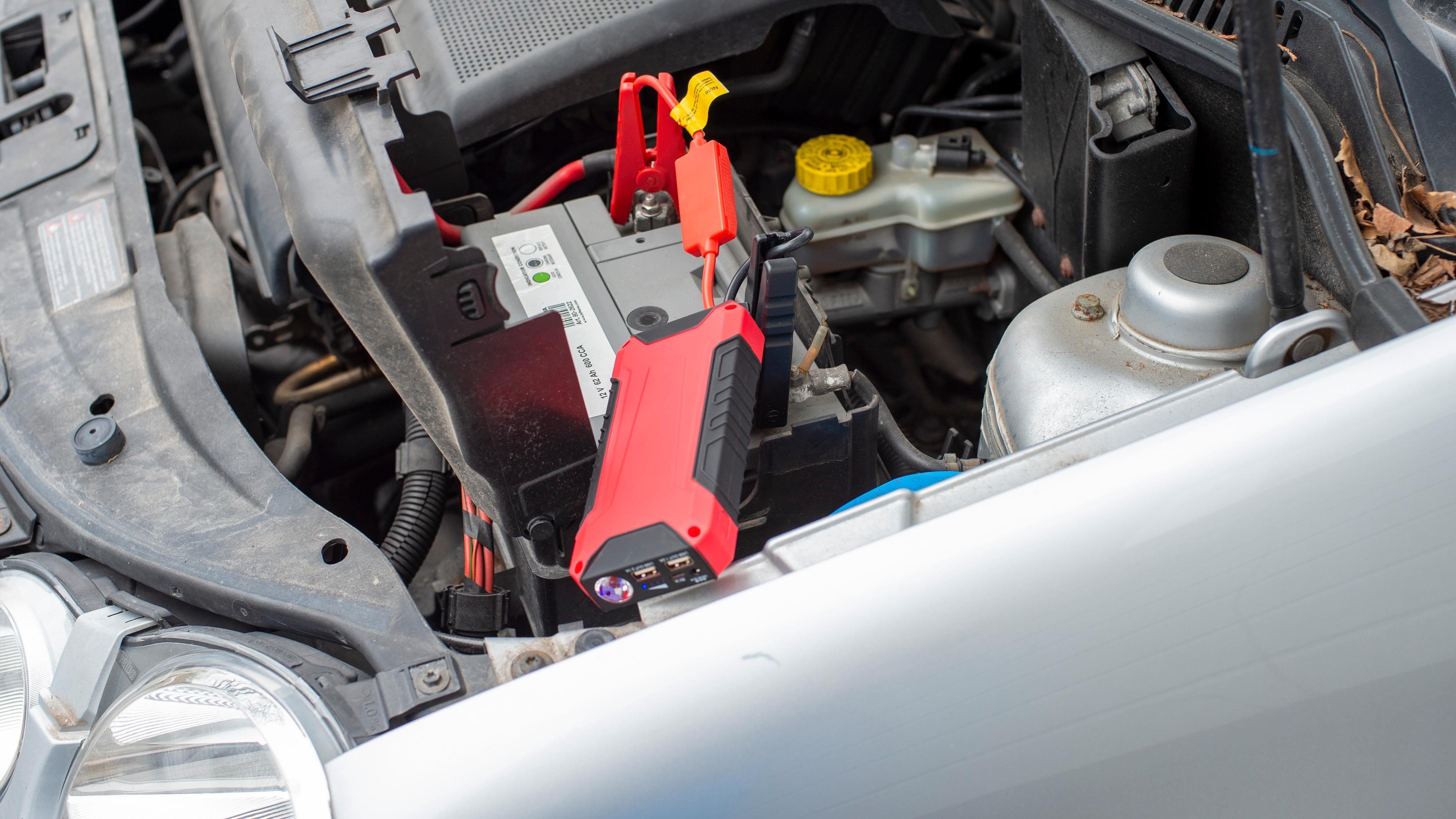 Mobilladeren som er kraftig nok til å starte bilen din