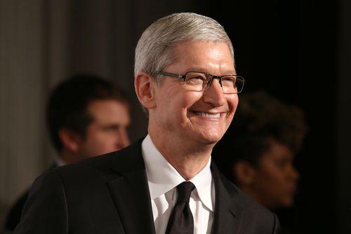 Det er Tim Cook selv som skal ha hintet om flere Apple-apper til Android.