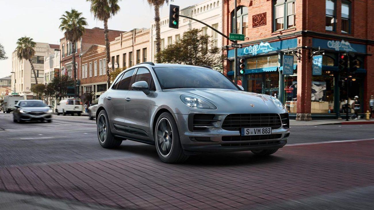 Porsche skal lage elektrisk versjon av populære Macan