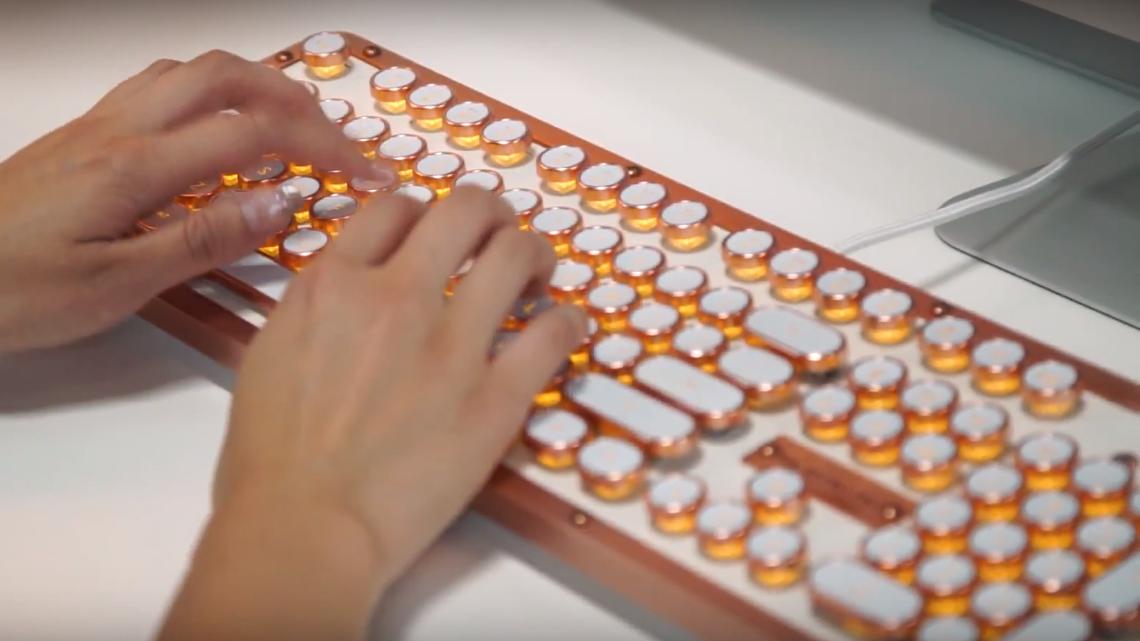 Hva med et luksus-tastatur av lær?