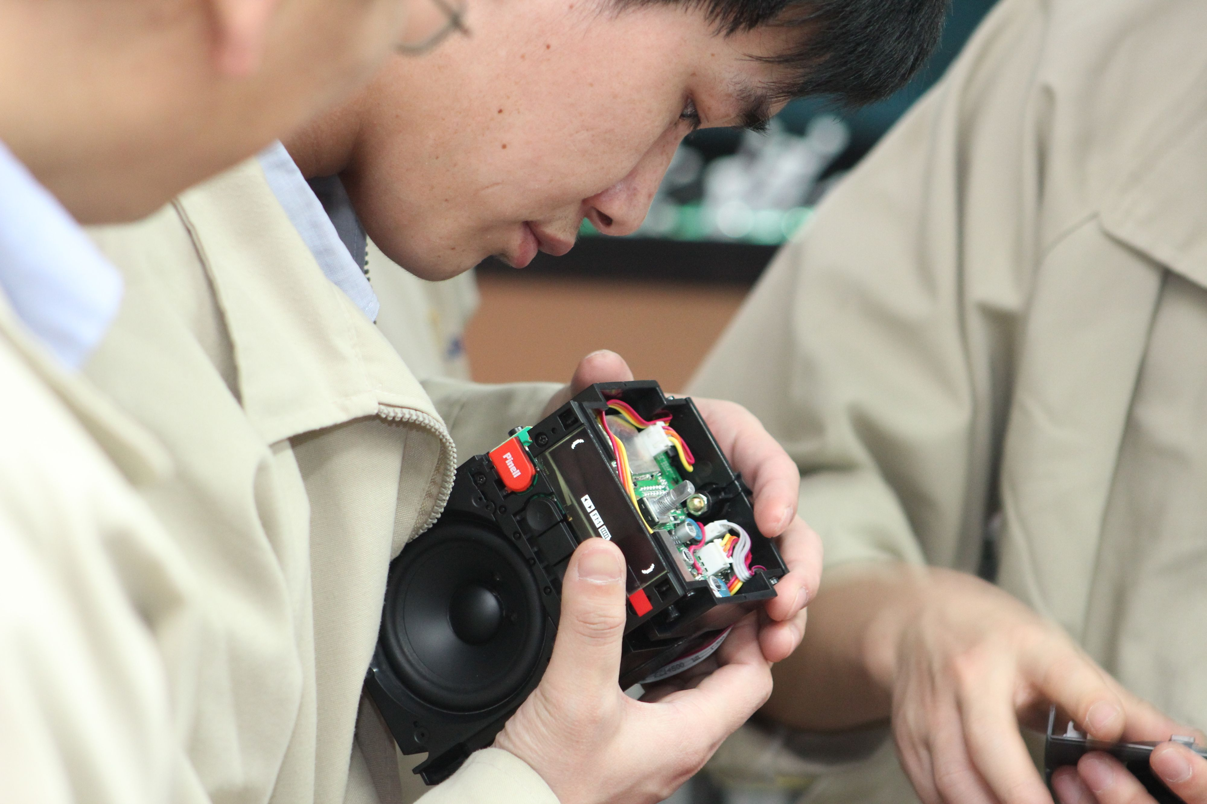 Her produseres den aller første Pinell Go på en fabrikk i Shenzehn i Kina.Foto: Espen Irwing Swang, Tek.no