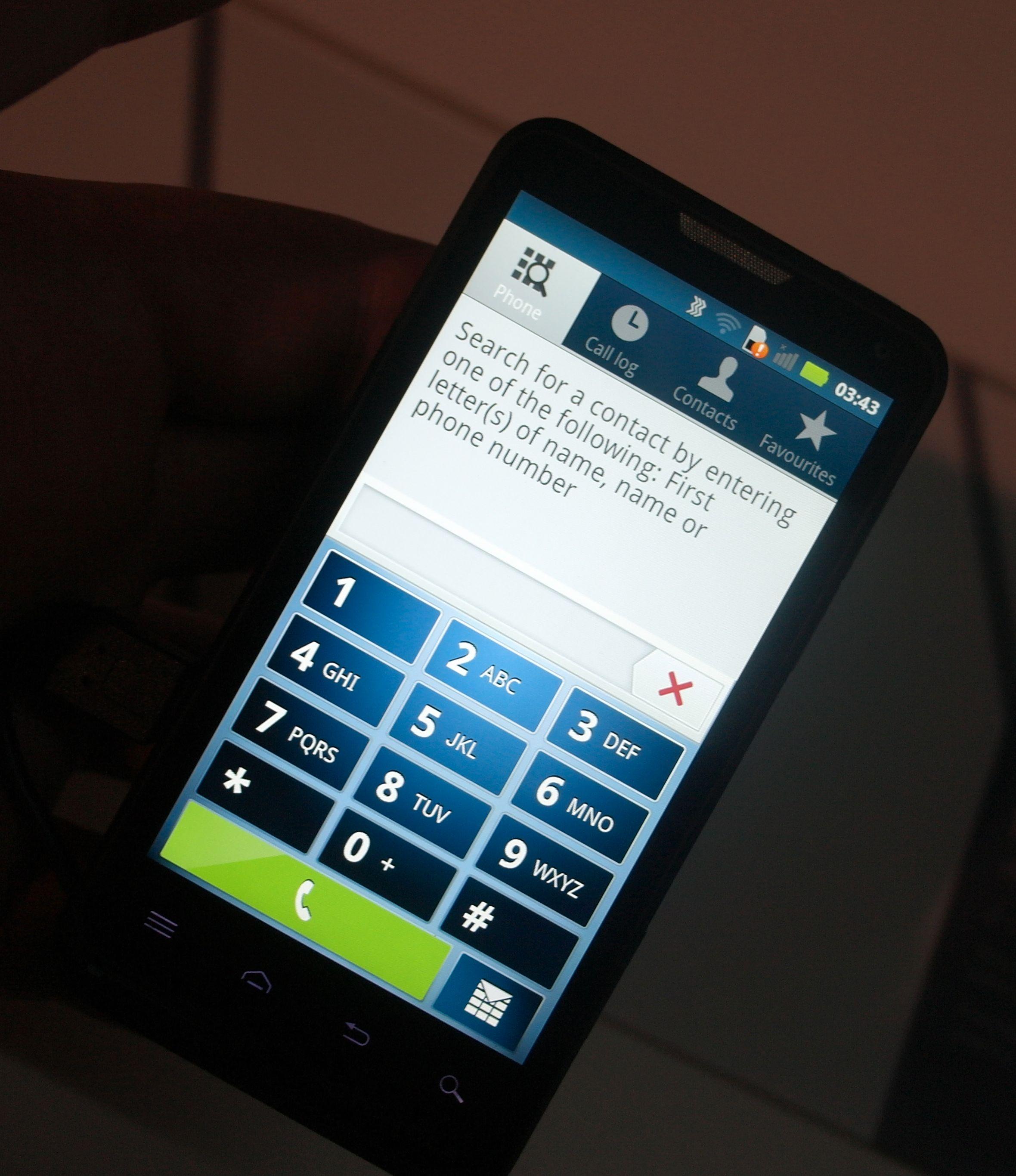 Smart Dialing er på plass så du enkelt og greit finner den kontakten du er på jakt etter.