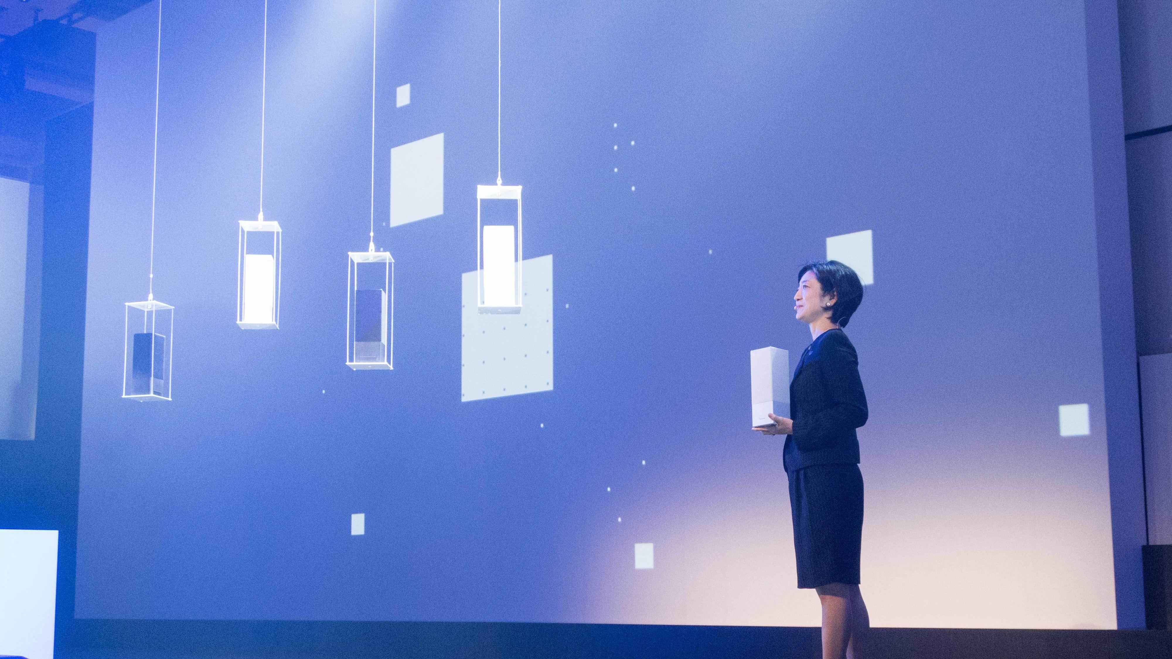 Panasonic utfordrer gigantene med ny smart-høyttaler
