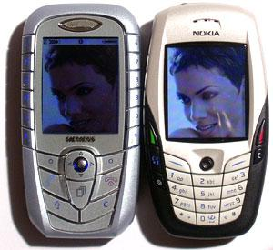 SX1 er litt smalere enn Nokia 6600. (Foto: Øystein W. Høie)