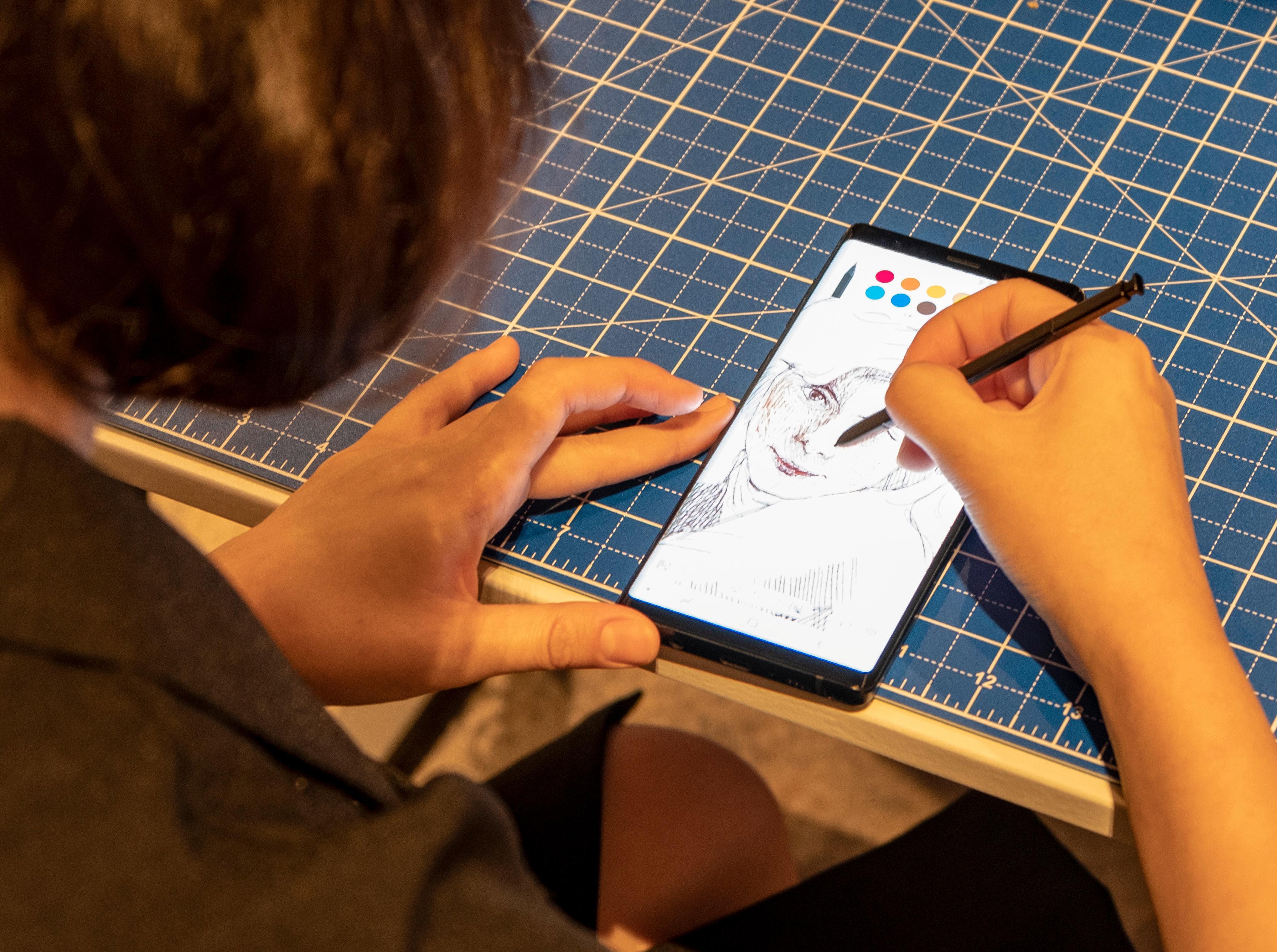 Tegning er fortsatt en viktig del av Note-konseptet, og Pen Up-appen har fått oppgraderinger siden sist.