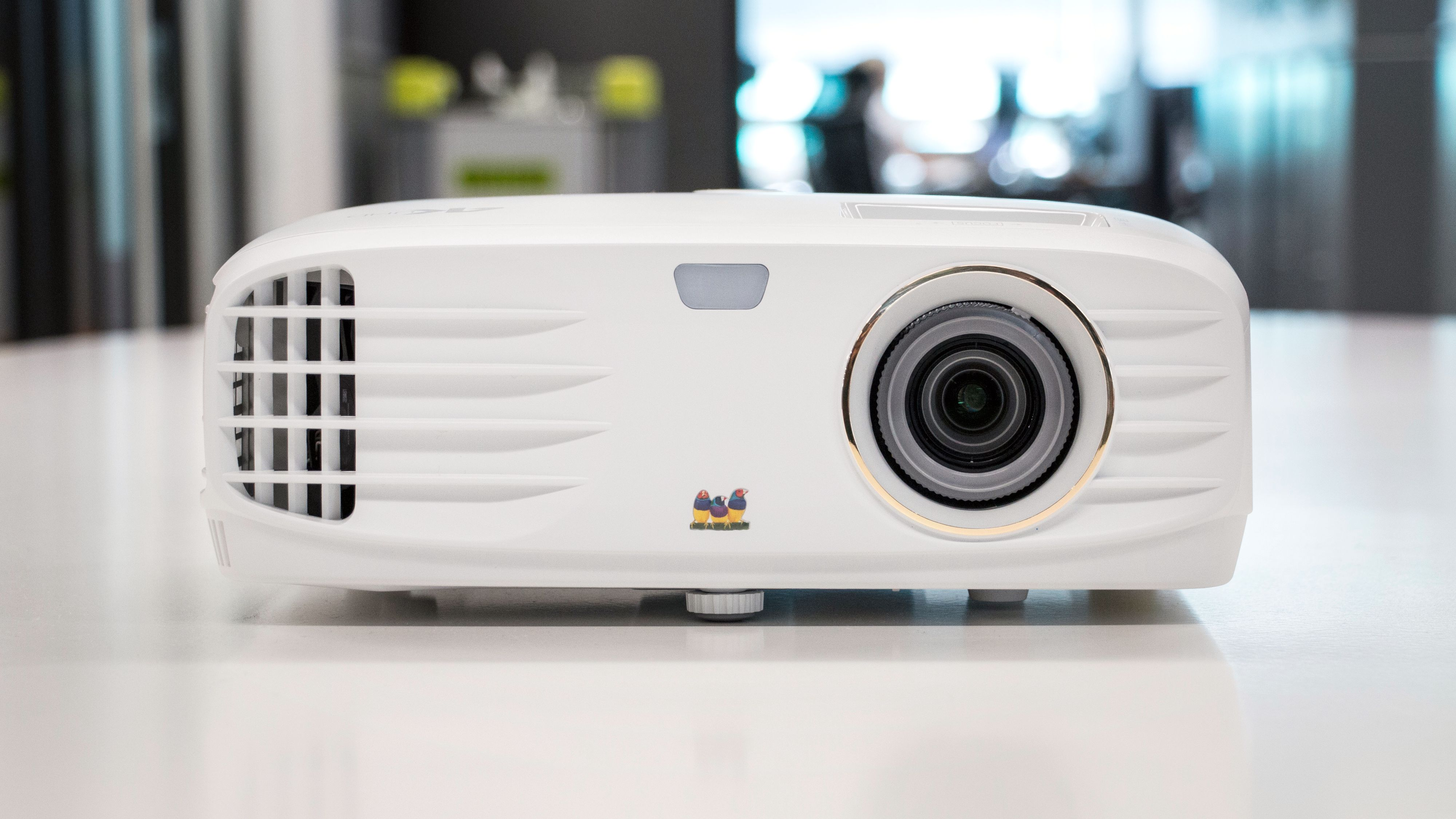 Viewsonic PX747-4K.