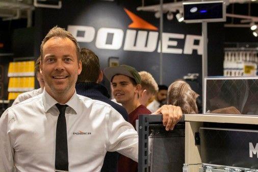 Administrerende direktør Anders Nilsen i Power gjeninnfører åpent kjøp i kjeden.