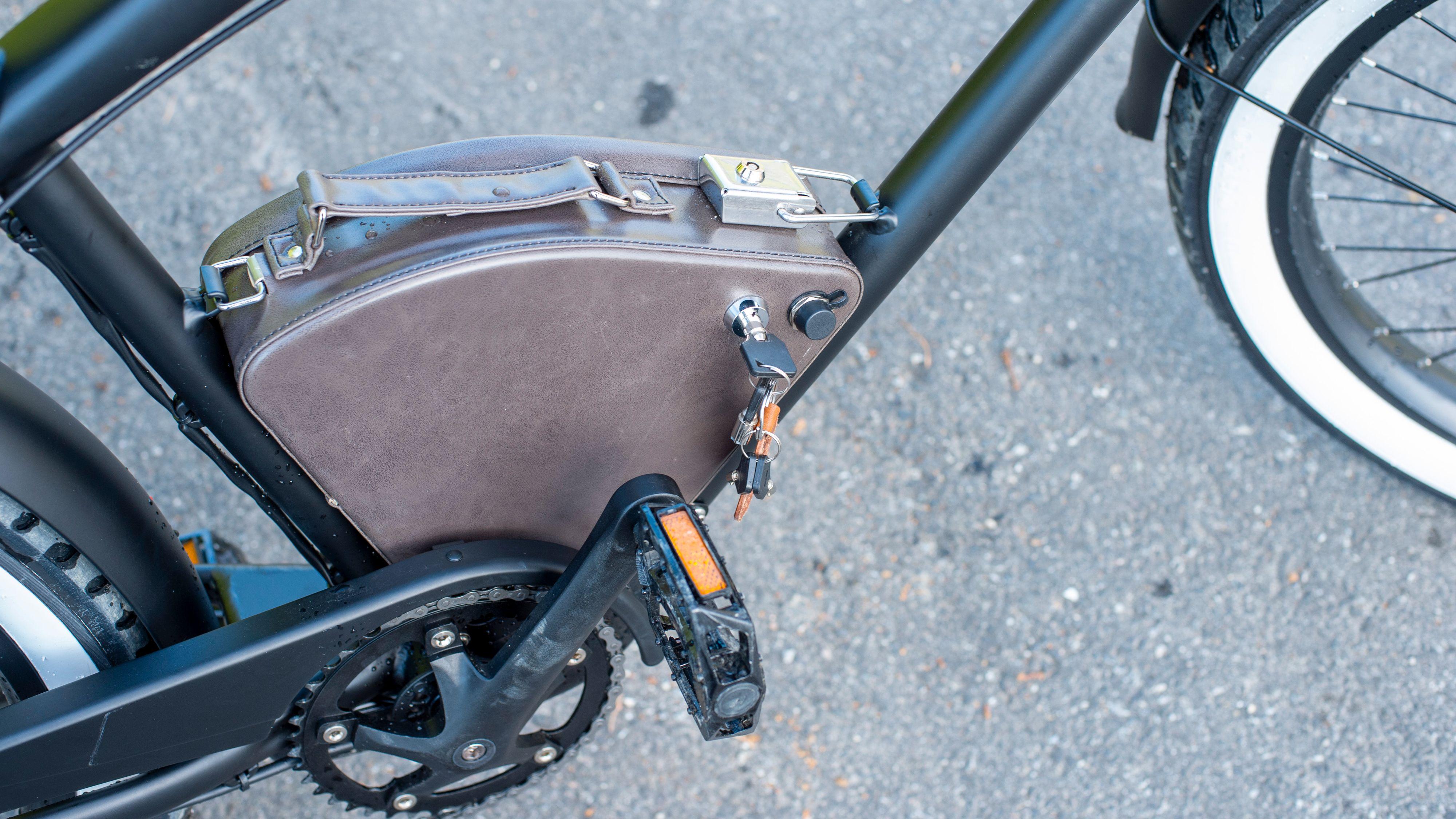 Rayvolt har lyktes med å få selv batteripakken til å se bra ut.