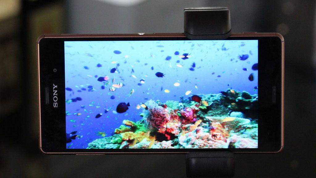 Den skarpe og klare skjermen er god til film.Foto: Espen Irwing Swang, Tek.no