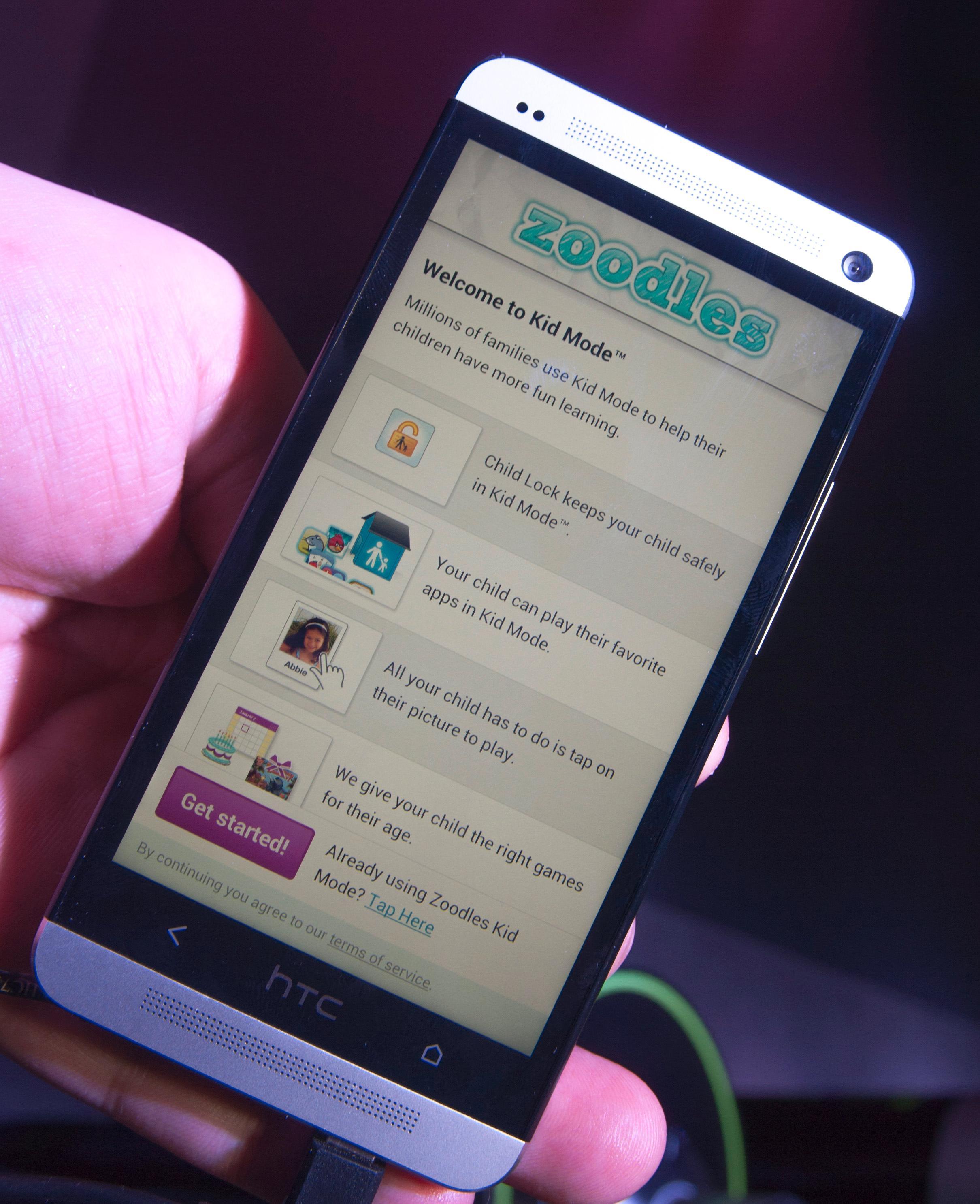 En egen app skal gjøre telefonen trygg å bruke for de minste.Foto: Finn Jarle Kvalheim, Amobil.no