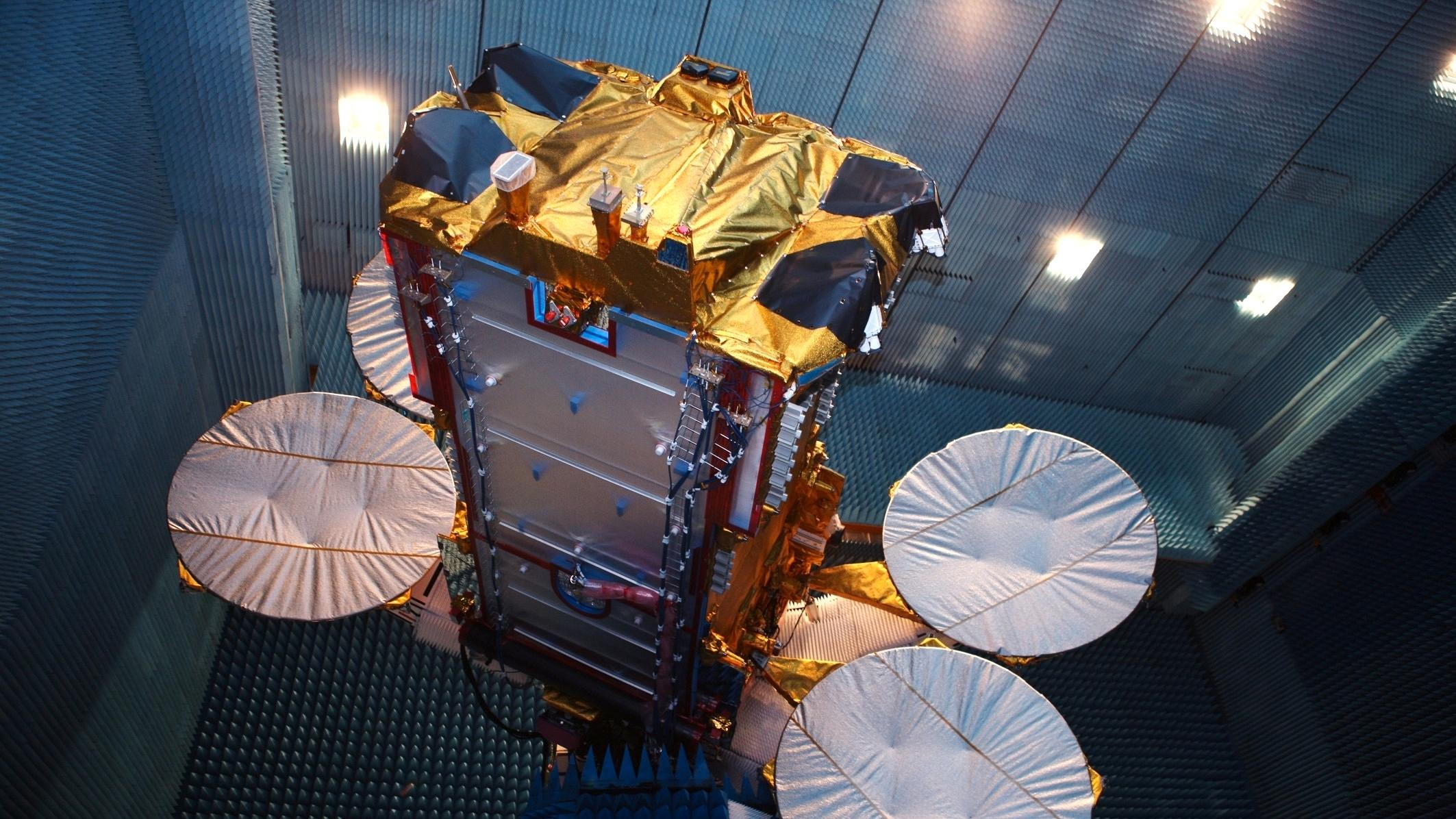 Lanserer 50 Mbit/s-bredbånd via satelitt