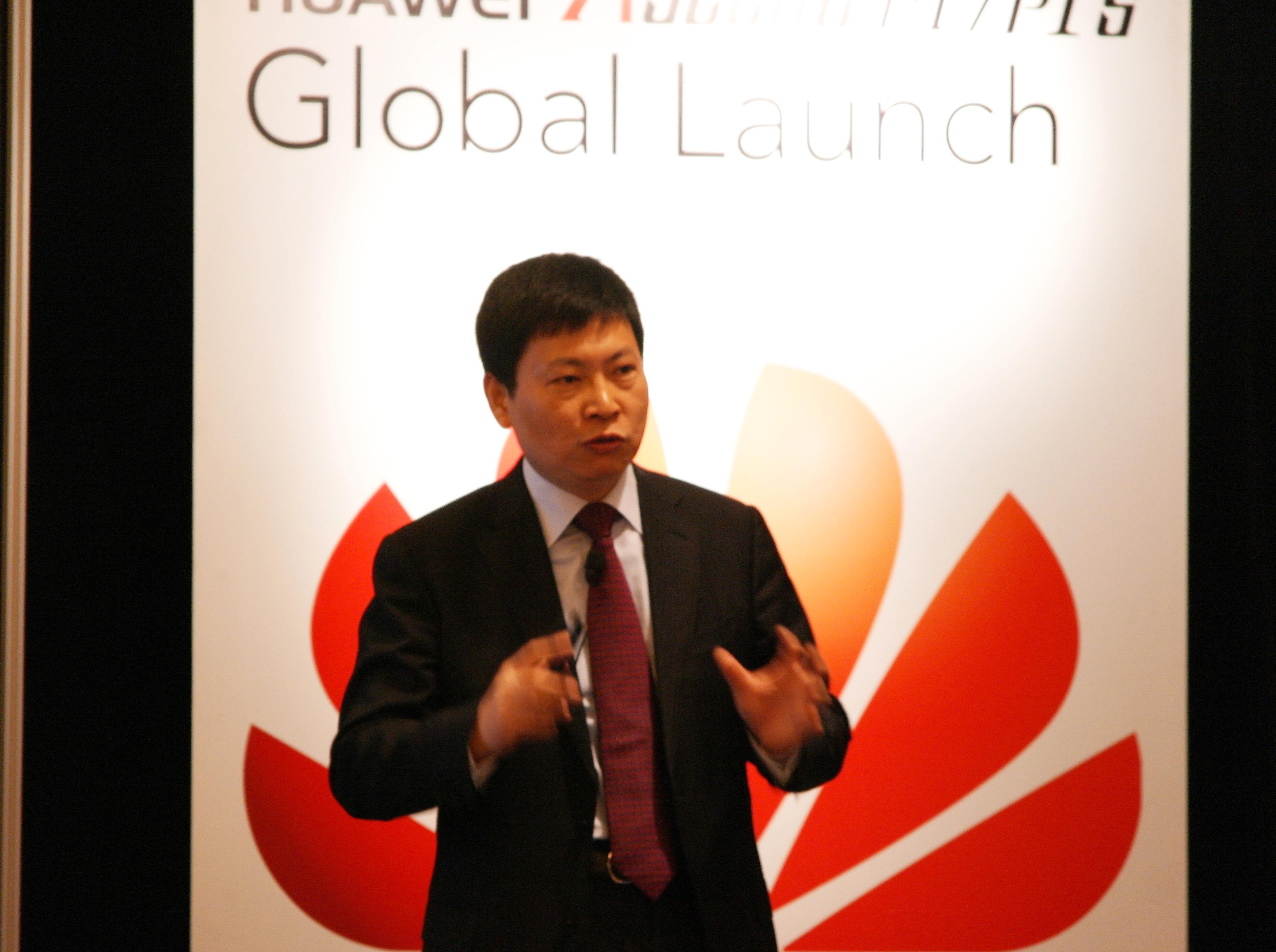 Huaweis europasjef Richard Yu forteller om Ascend P1 og P1S.
