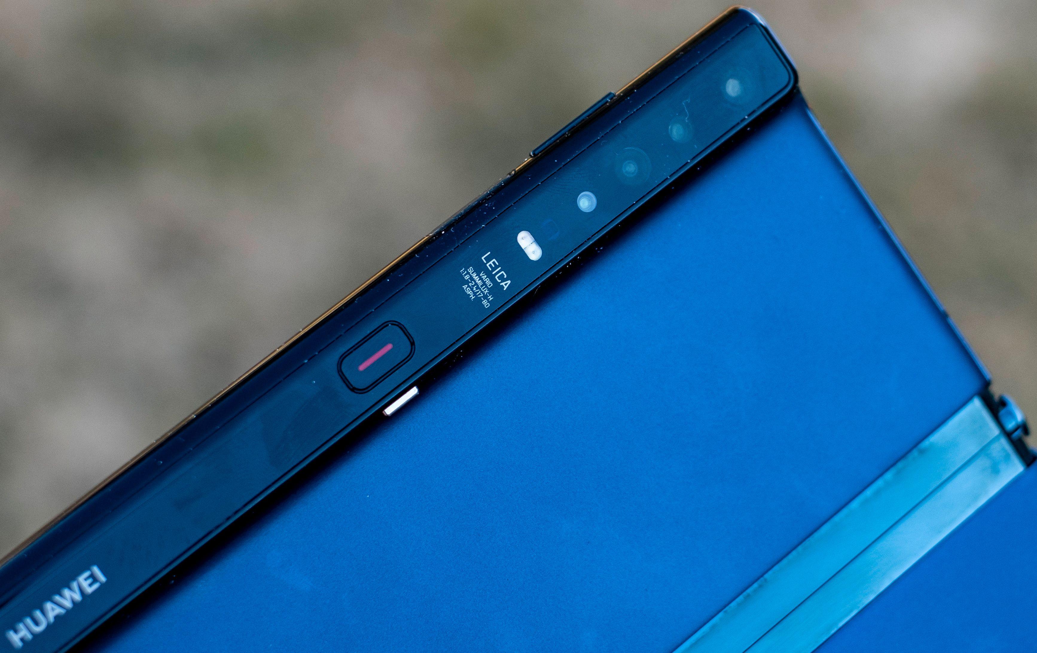 Vi er vant til at Huawei setter standarden med mobilkameraene sine. Slik sett er Mate Xs utradisjonell – den har et ålreit kameraoppsett, men er et lite stykke unna å være best.