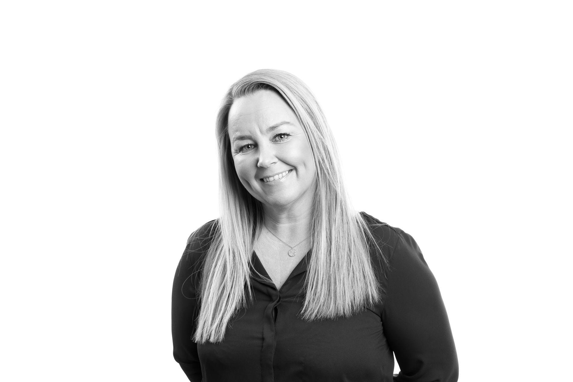 Monica Igland, deputy director of the bank.
