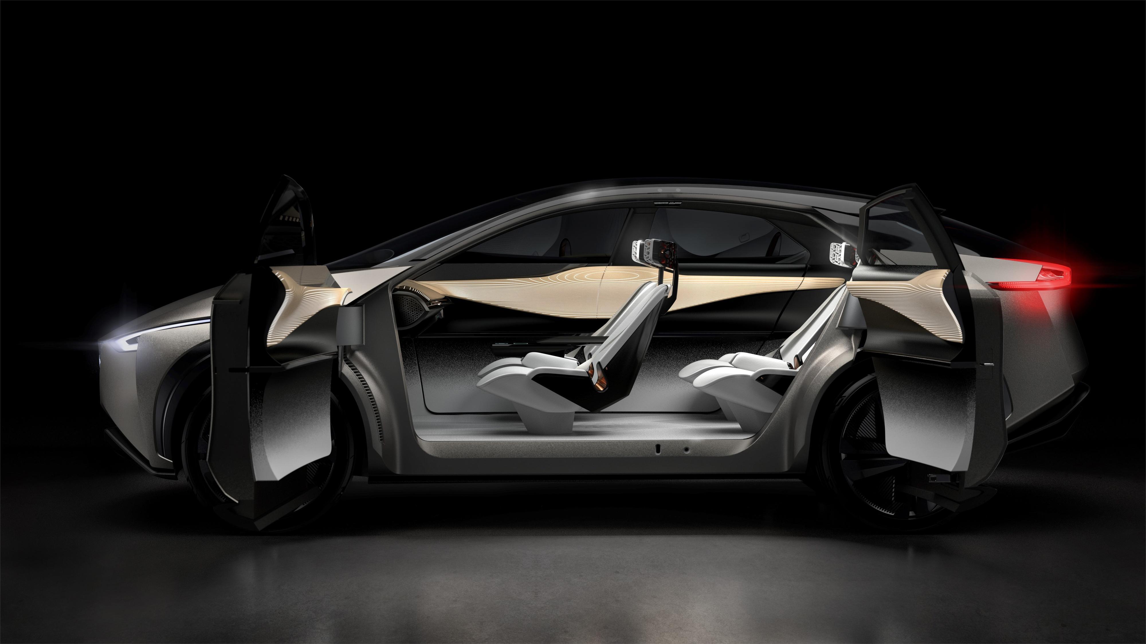 """Konseptbilen har det som litt humoristisk kalles """"selvmordsdører"""" - lik BMW i3."""
