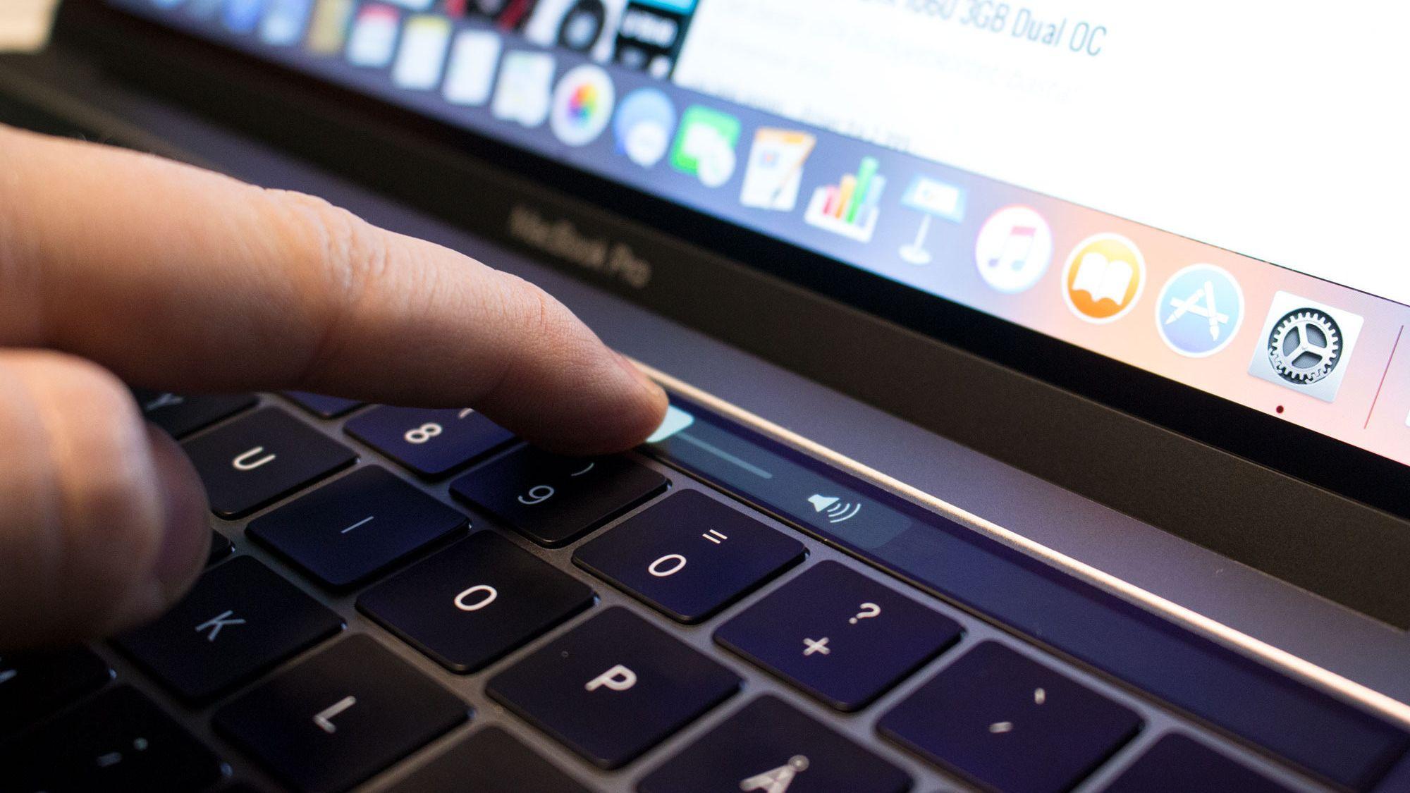 Brukere opplever at nye MacBook Pro gir dårligere batteritid enn annonsert