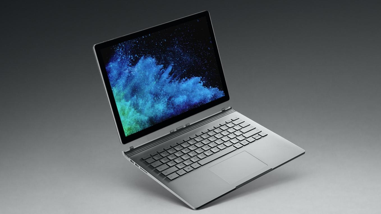 Surface Book 2 kan tappe batteriet selv om strømkabelen er koblet til
