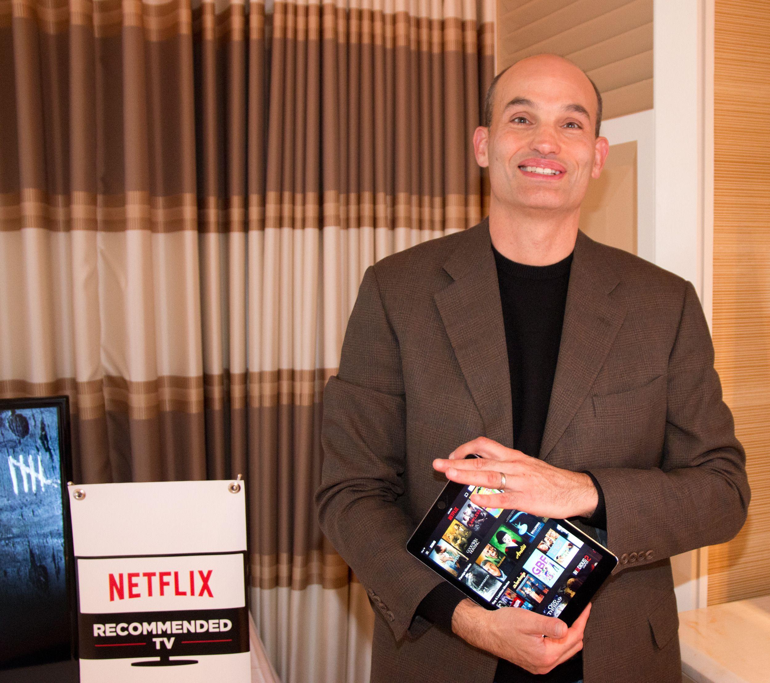 Todd Yellin viser gjerne frem kommende grensesnitt for den populære tjenesten. Foto: Rolf B. Wegner, Tek.no