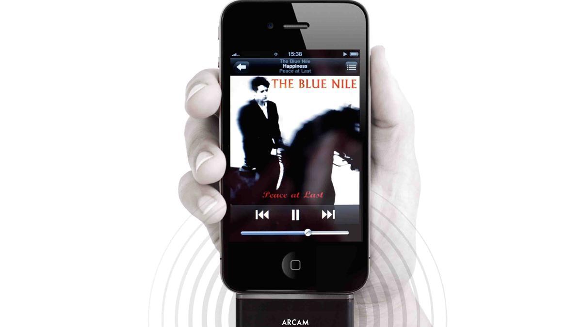 Tilbyr trådløs streaming for iPod