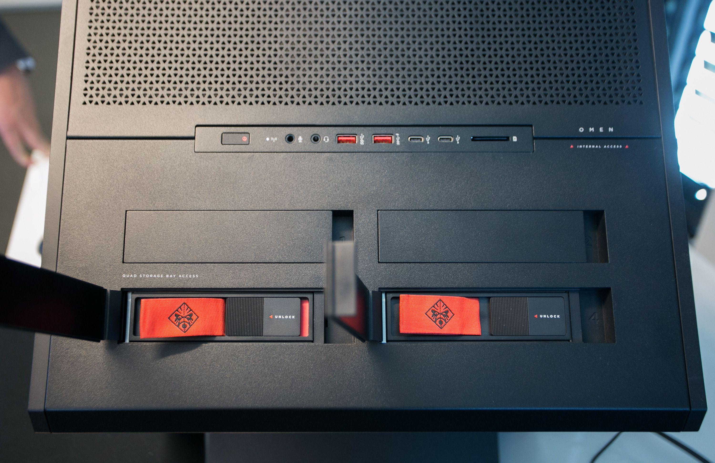 Alle diskene støtter «Hot Swap» for rask utskifitng uten at maskinen må slås av.
